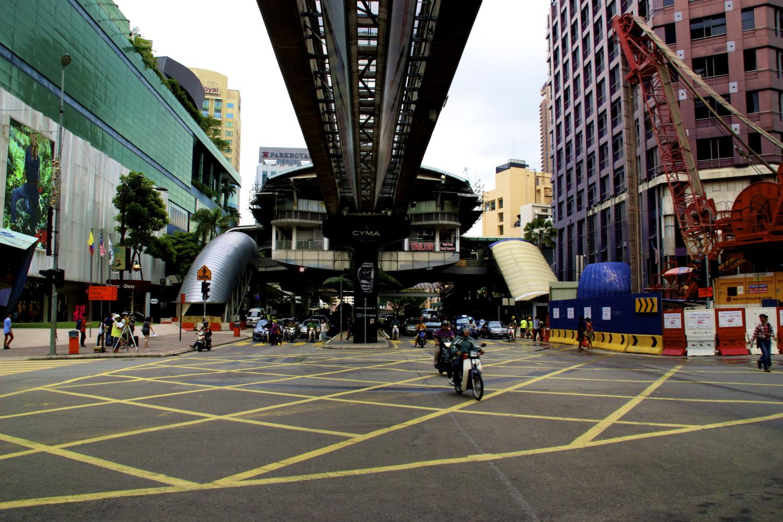 15 under da bridge.jpg