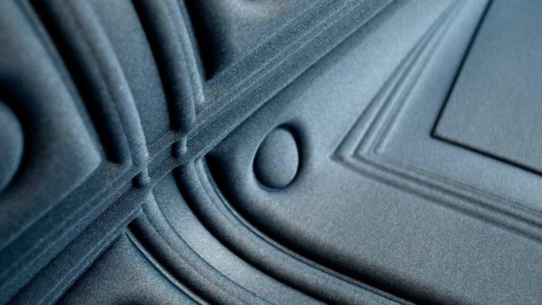 Arte | Intrigue | Three-dimensional textile wallcovering | BESPOQE INTERIORS