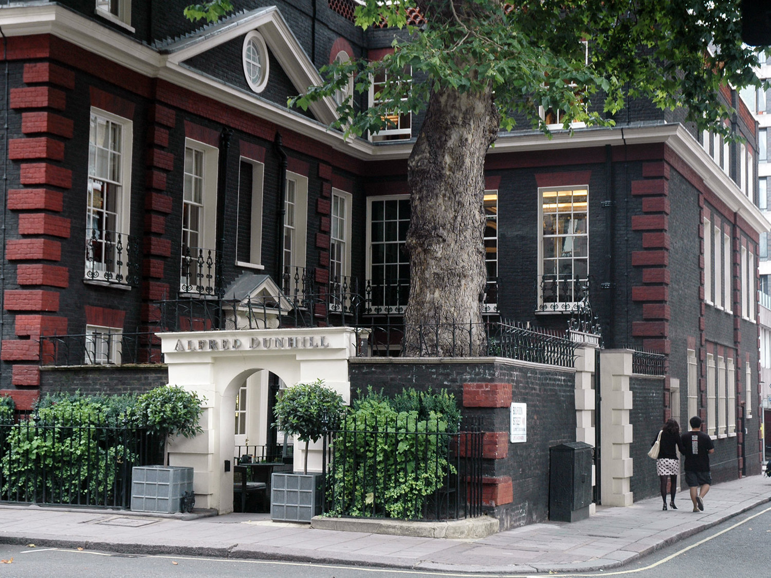 Alfie's - Alfred Dunhill, Mayfair   Hospitality