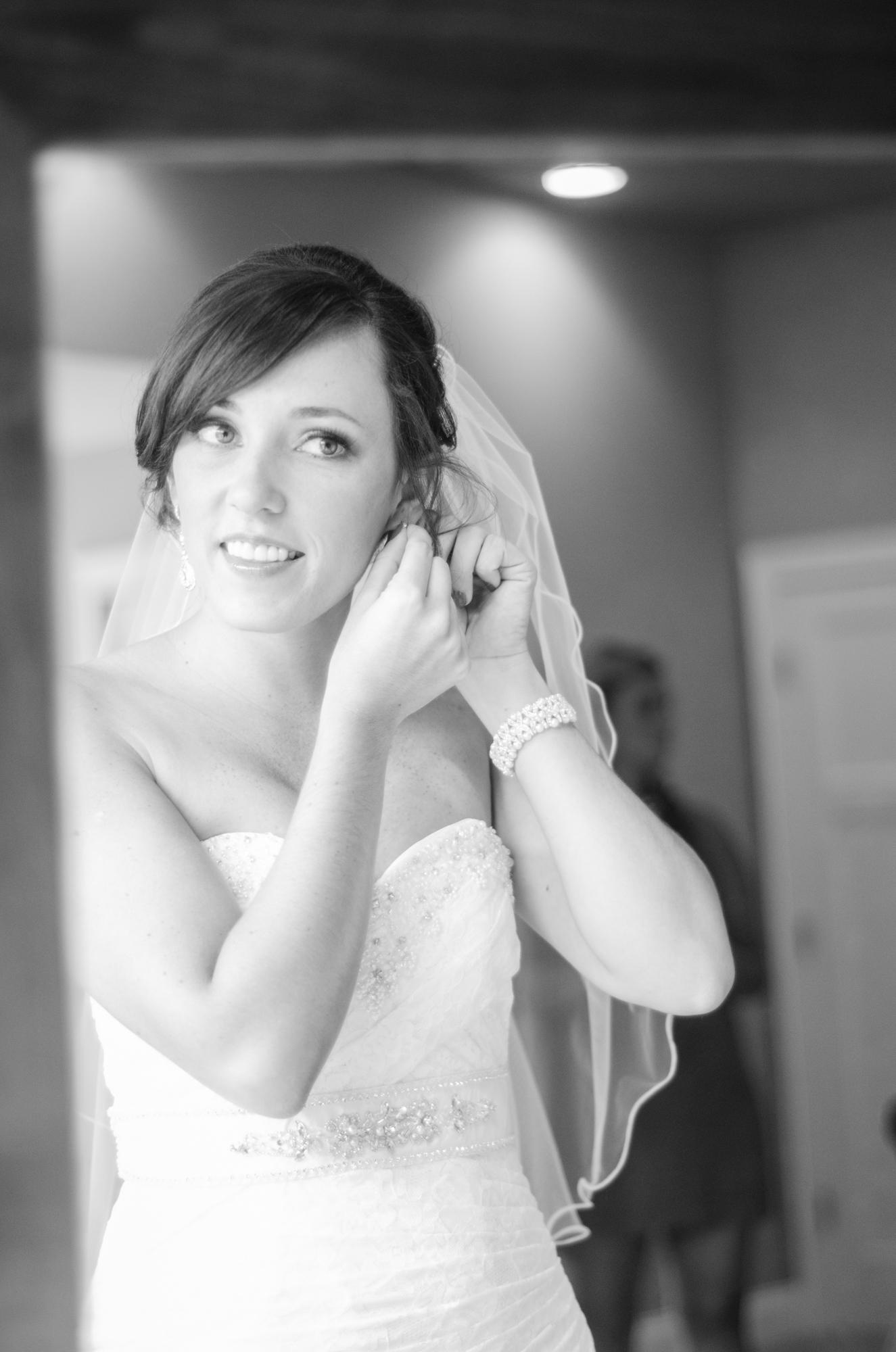 monica_chris_clarksville_wedding_photography-8811.jpg