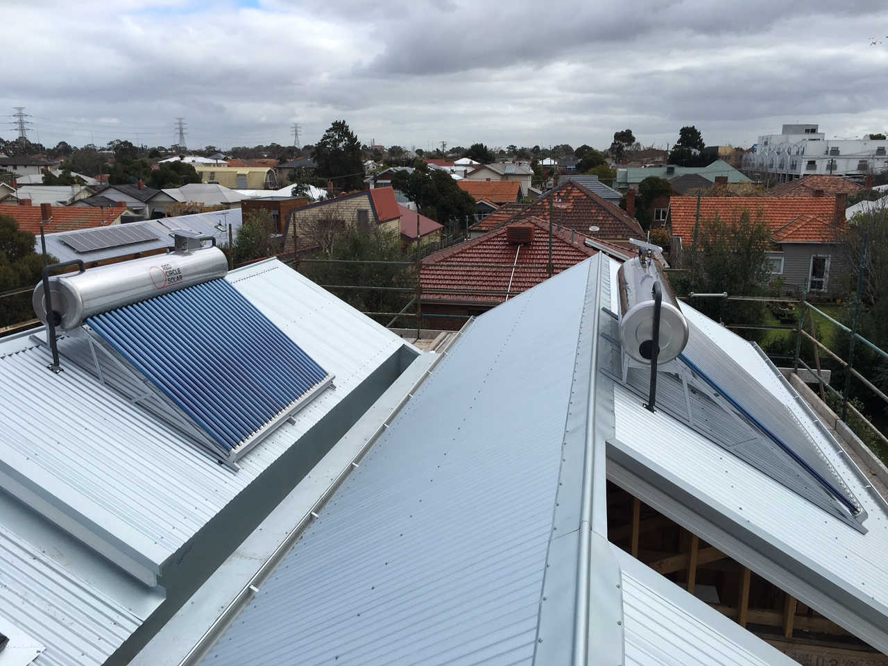 2 Close coupled solar hot water systems