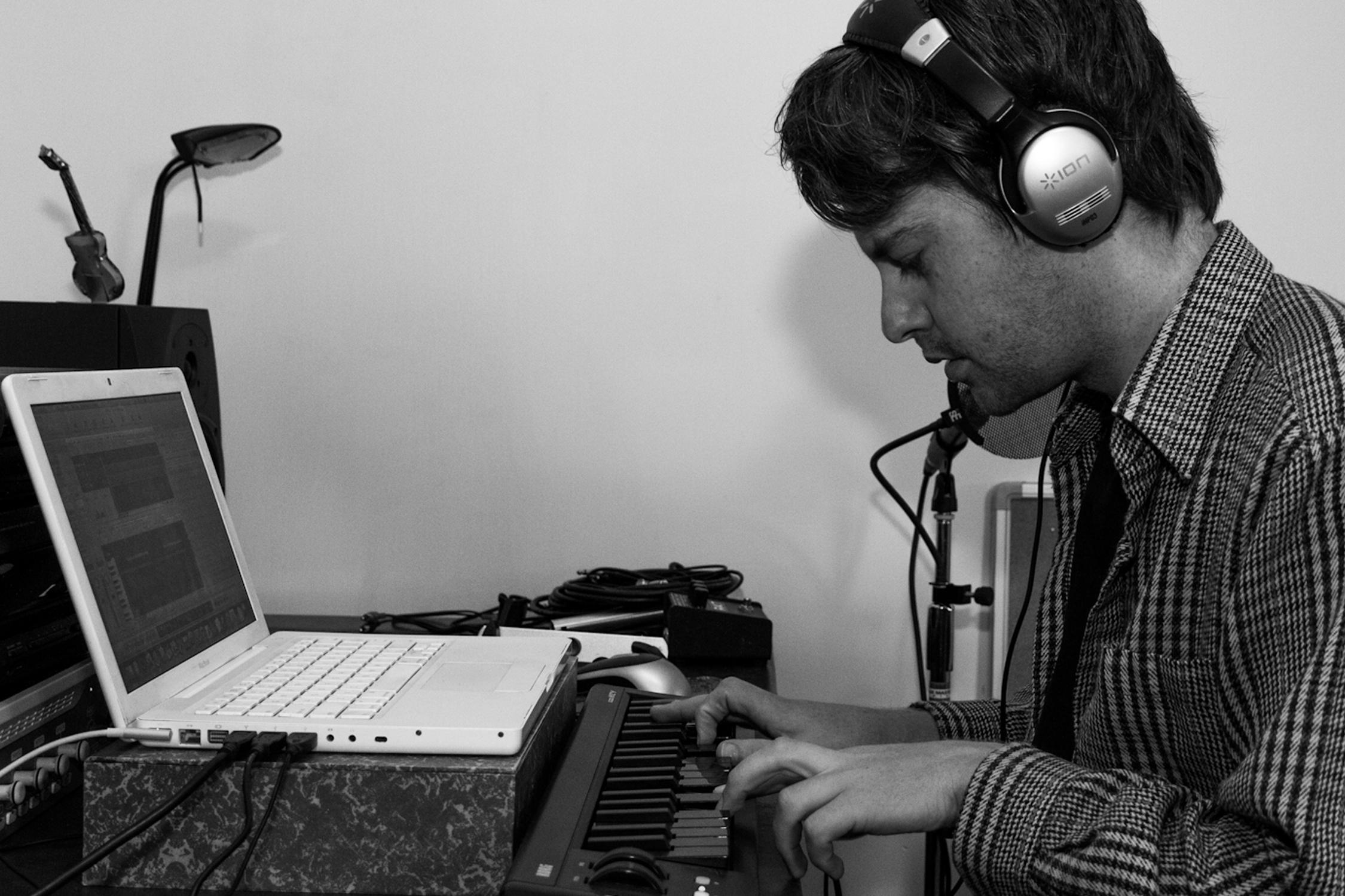 Steve Makes Music