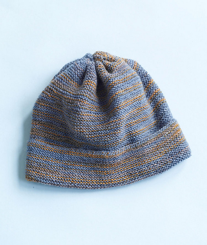 The Lake District Hat from Lion Brand Yarn. Extremely simple knit garter stitch beanie. Free registration with Lion Brand's website is required to access the pattern.