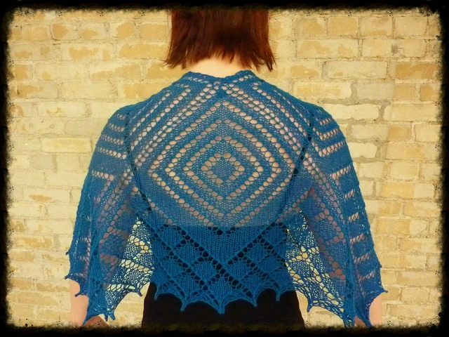 The Portia Shawl by Corrie Purdum is an incredible piece of knitting, and available as a free Ravelry download.
