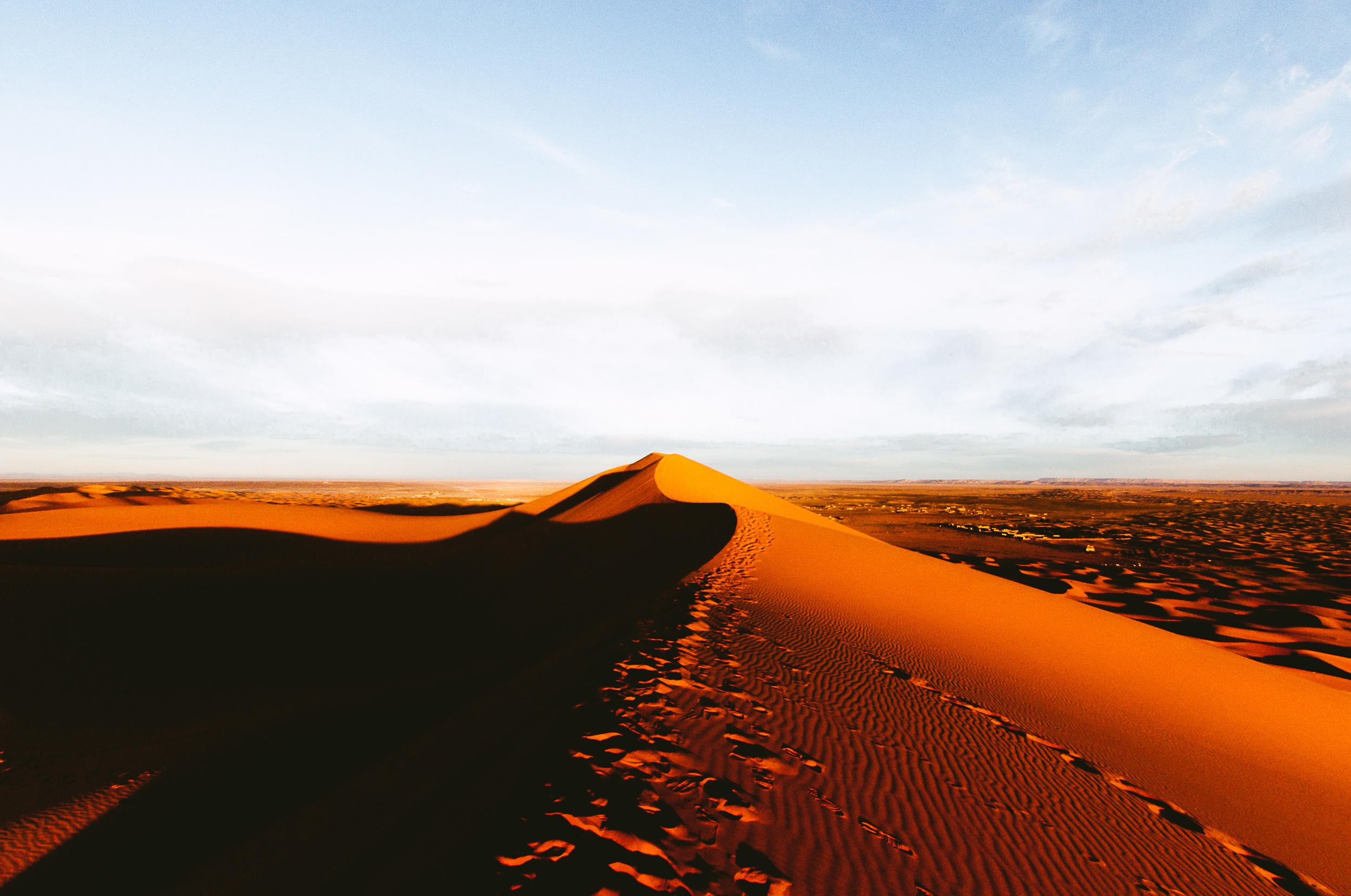 Epic view of the Sahara in the morning.