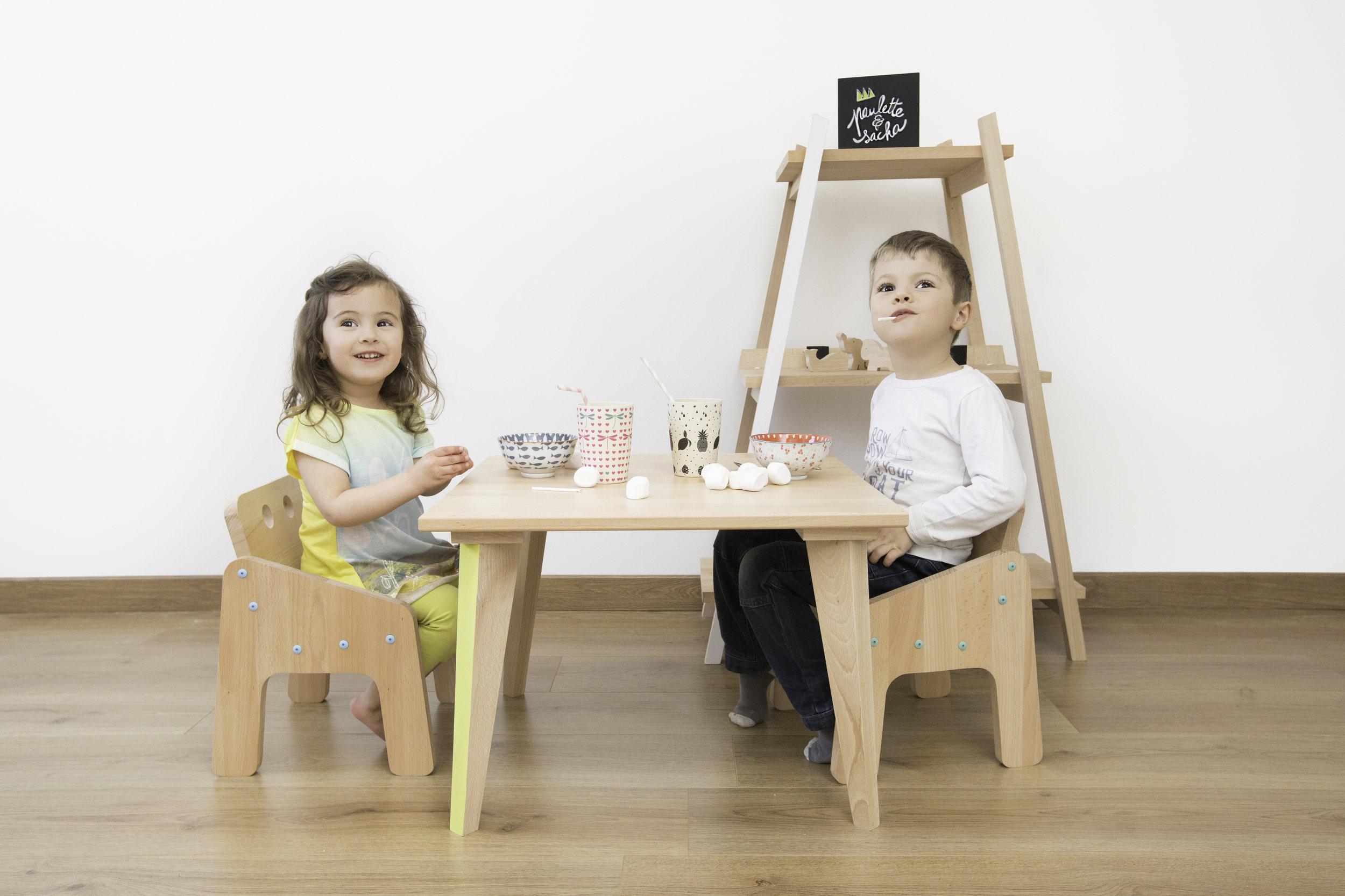 Table-basse-fauteuil-etagere-2-pauletteetsacha.jpg
