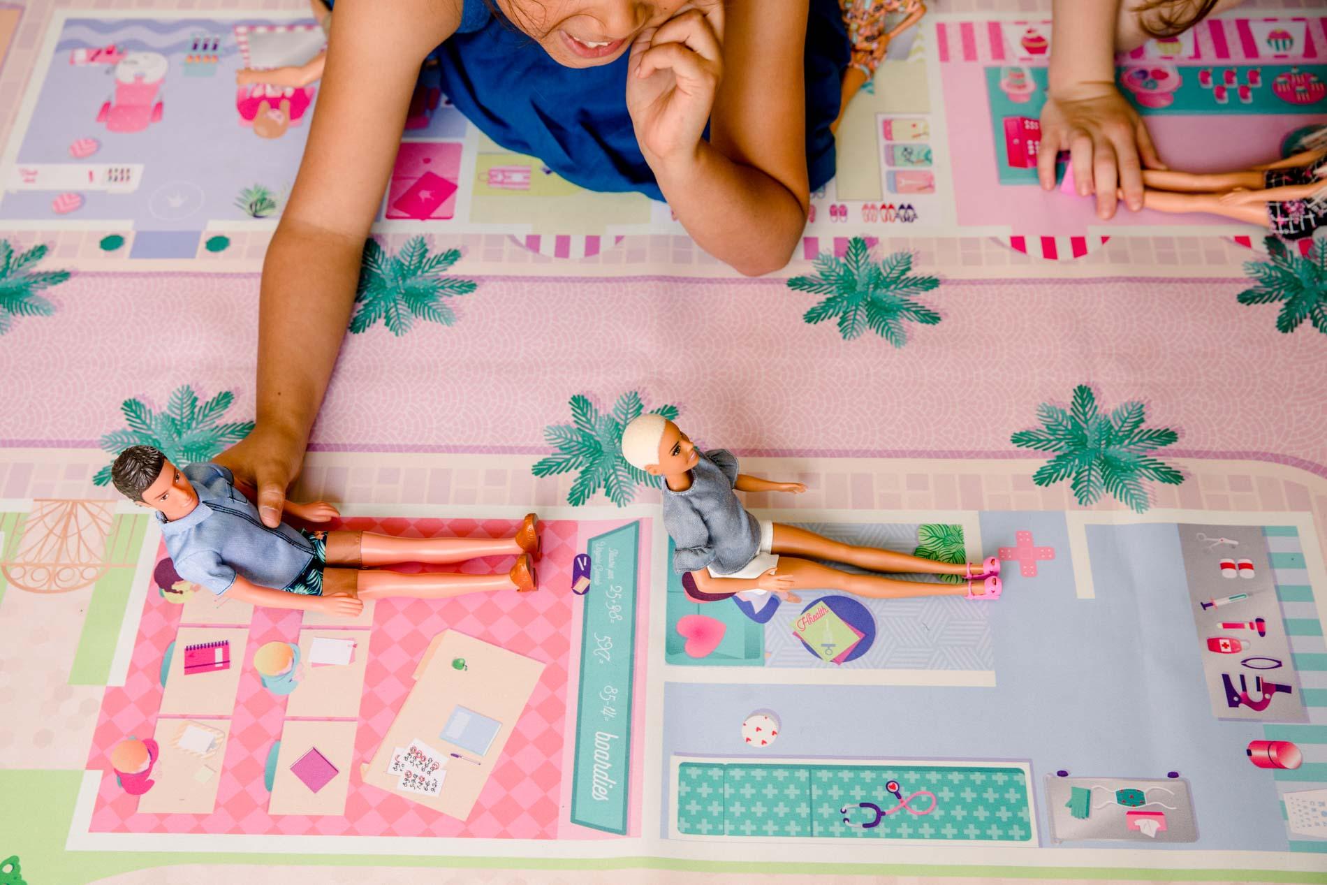 Lou et poupées métiers .jpg