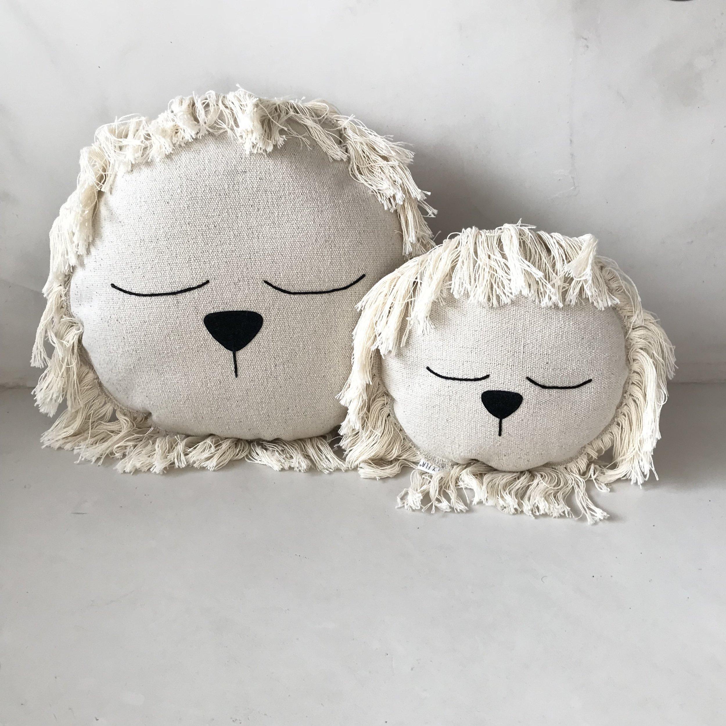 ilayela lion cushion uphostery.jpg