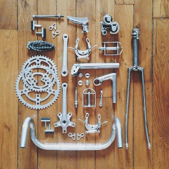 bike_knolling.jpg