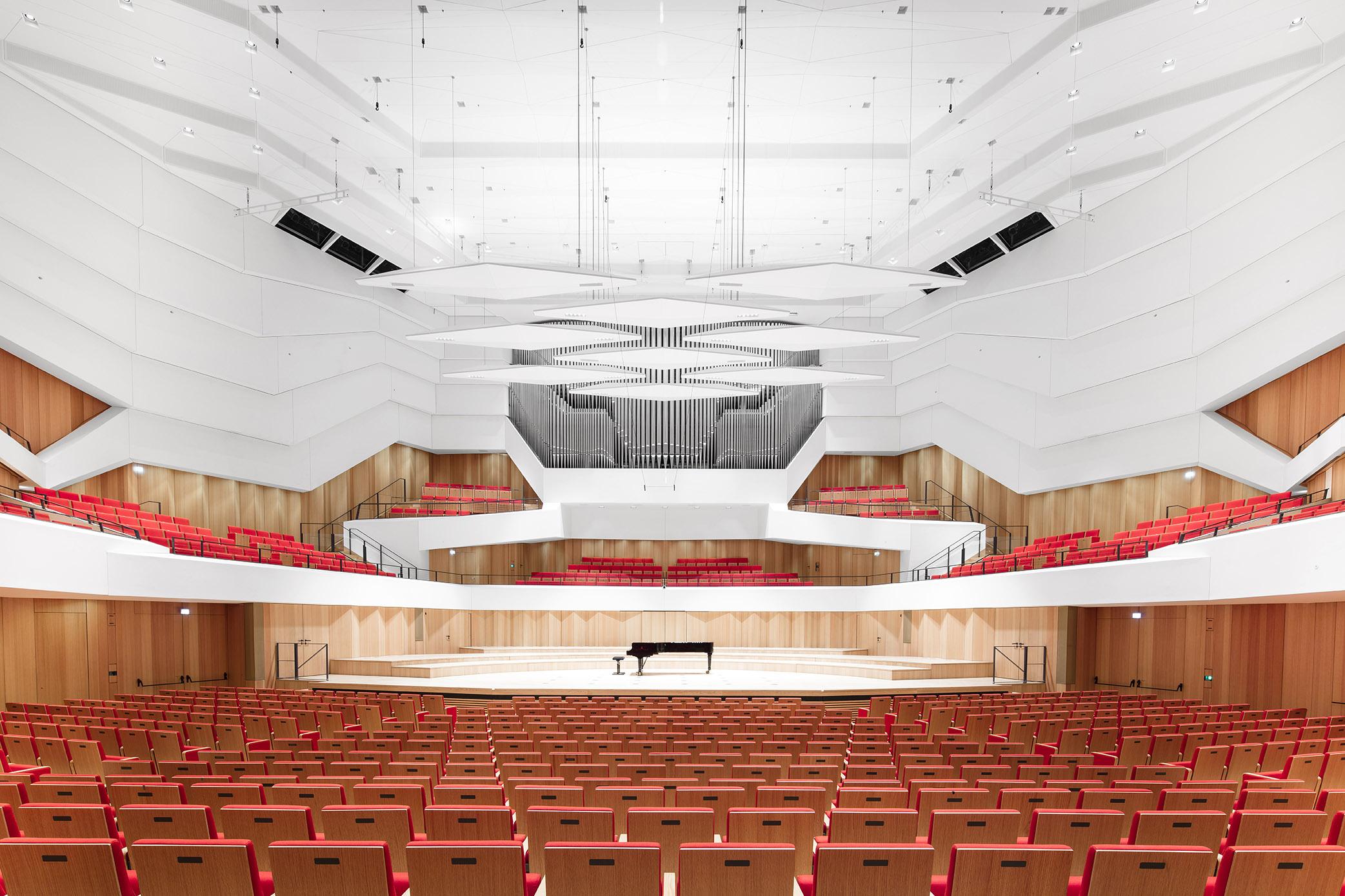 Dresdner Philharmonie_01.jpg