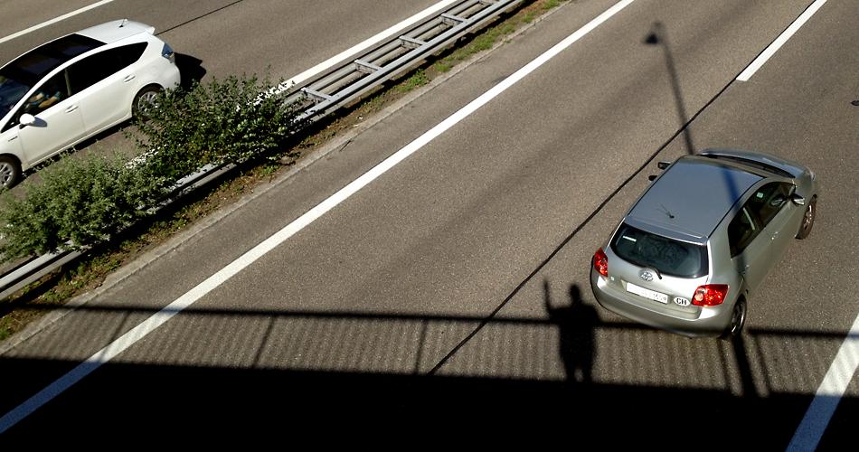highway wave - (c) mark somple 2014