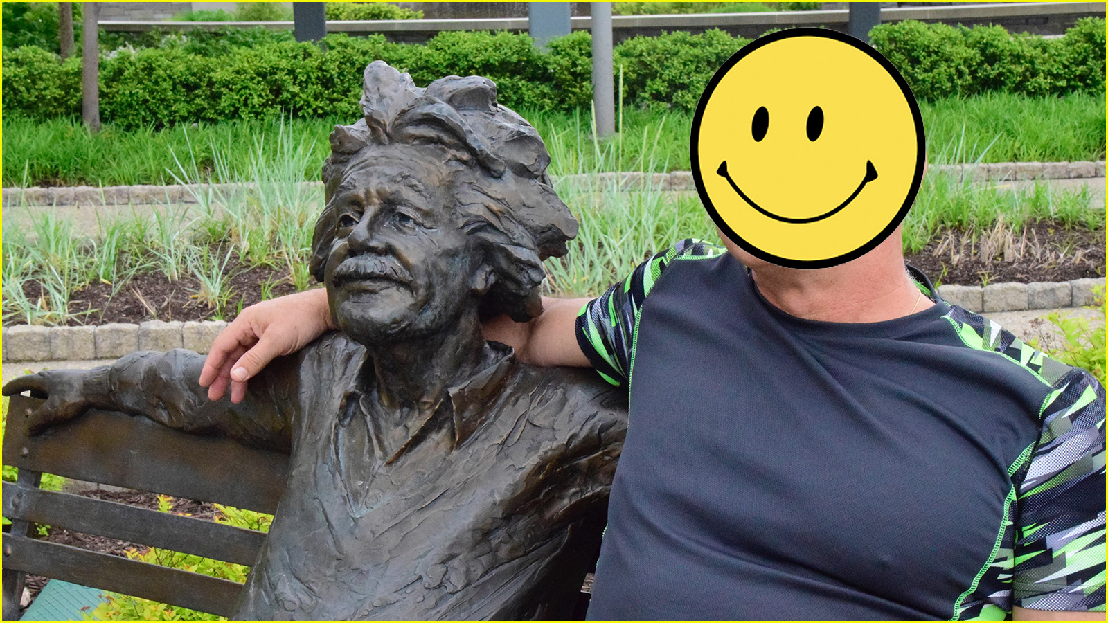 hanging with albert (c) mark somple 2019