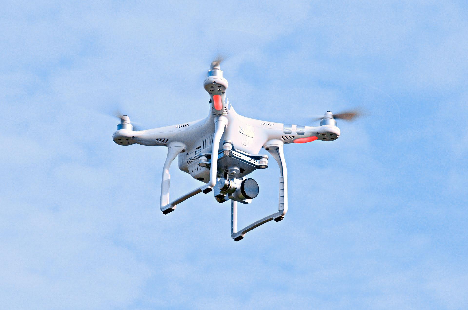 Für Drohnen über 5 KG benötigten Sie eine Genehmigung!
