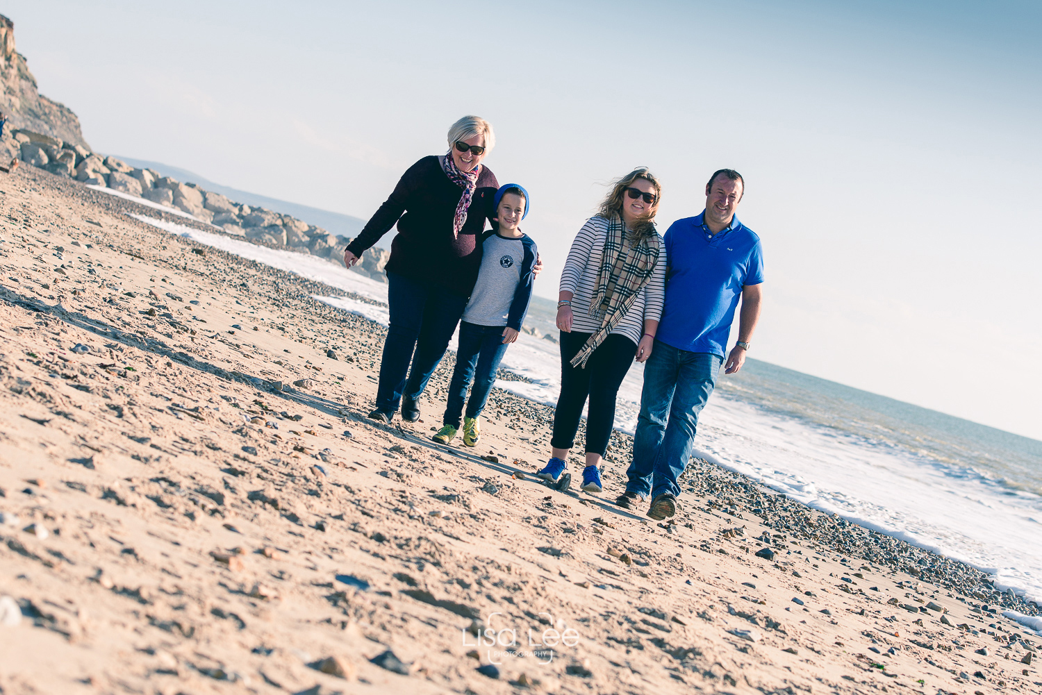 family-portrait-photography-prewedding-hengistbury-head-watts-10.jpg