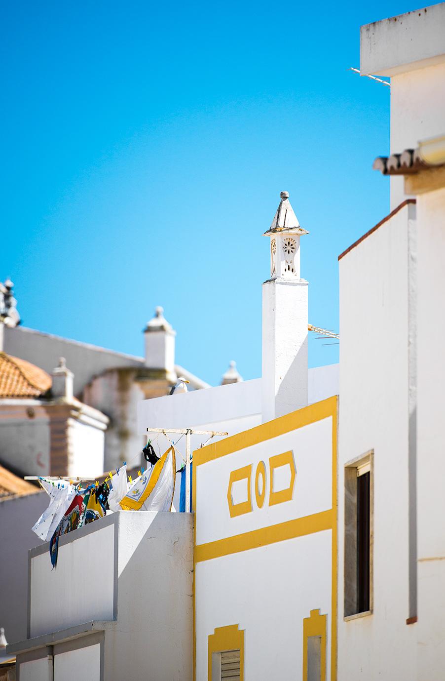 lisa-lee-photography-urban-landscapes-portugal-4.jpg