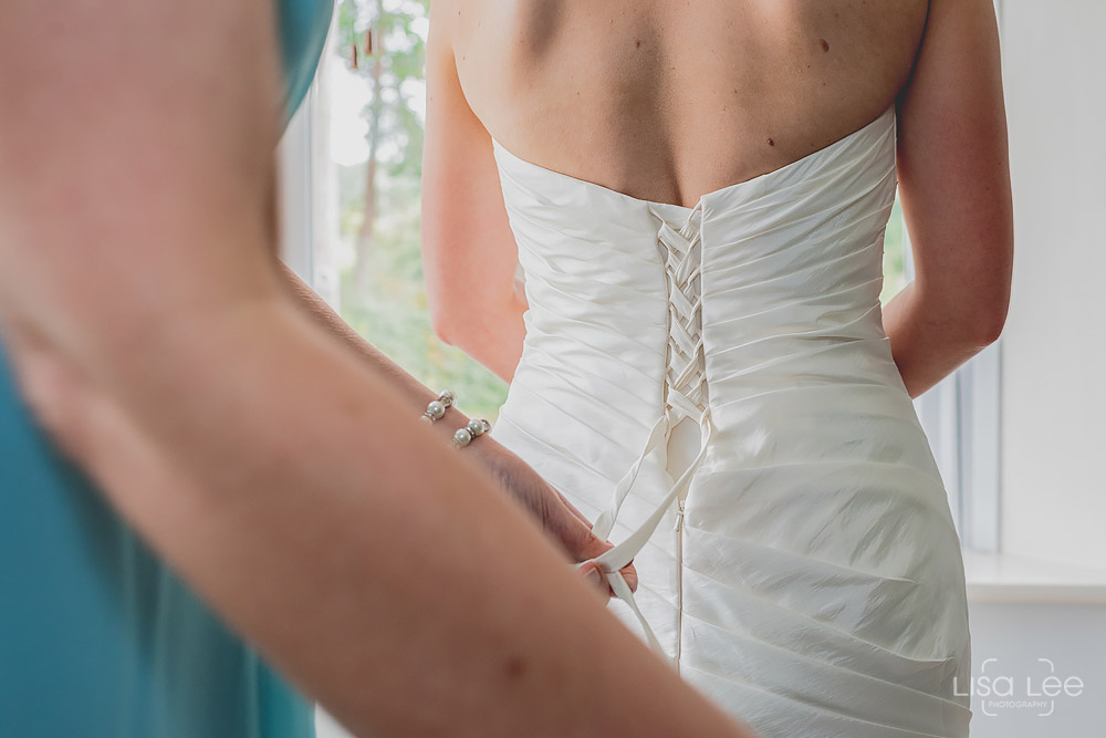 Dave&Vicky-Dorset-Wedding-Christchurch-19.jpg