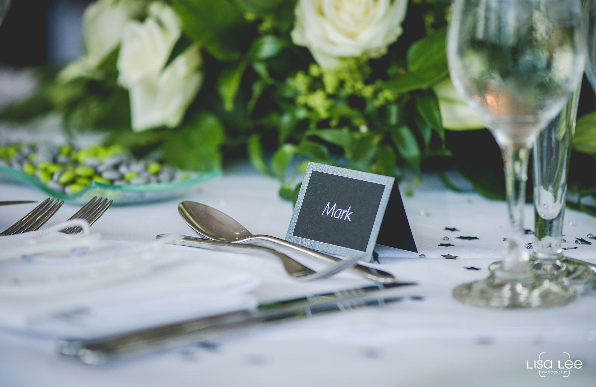 lisa-lee-wedding-photography-christchurch-dorset-placemats.jpg