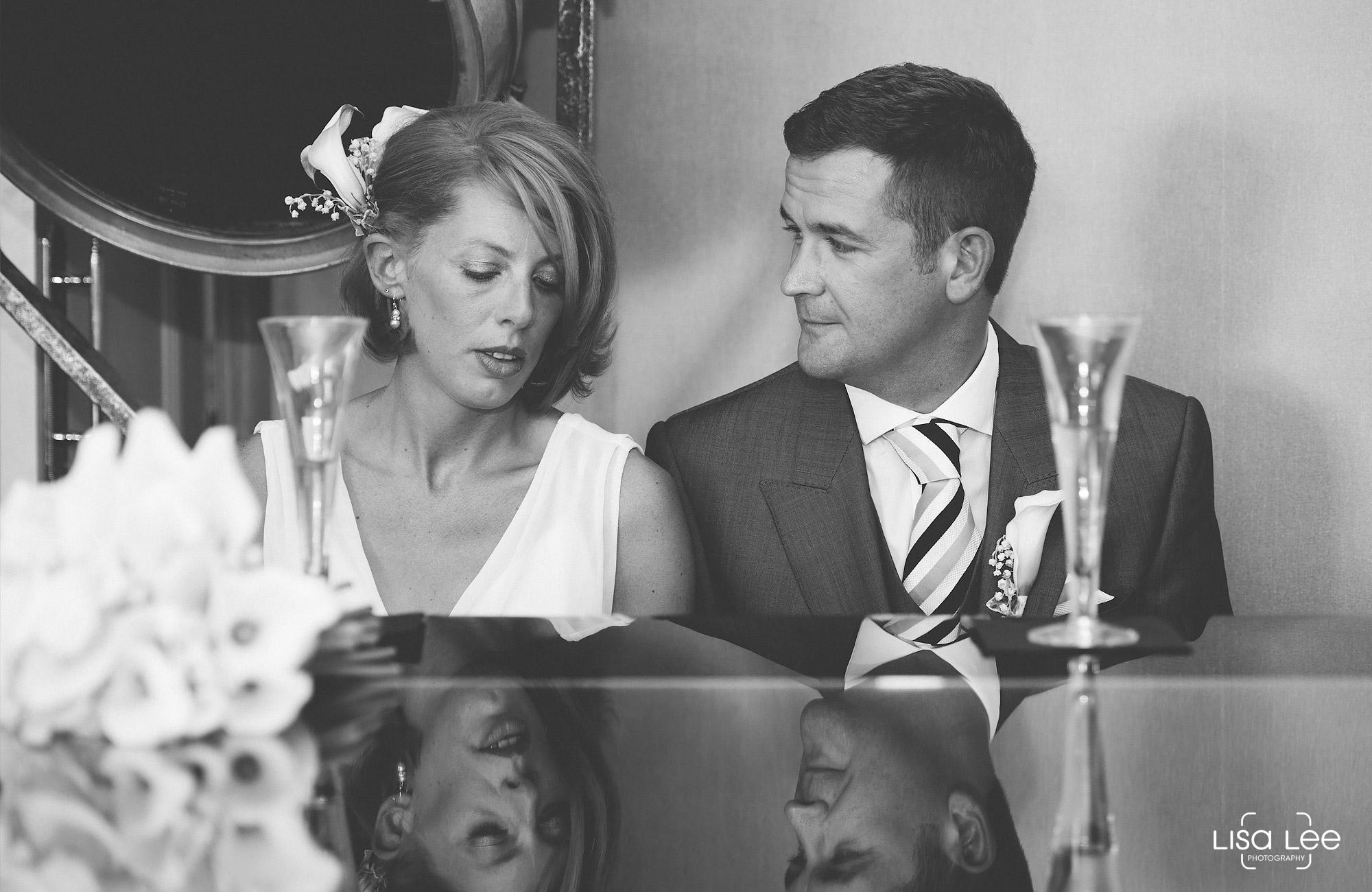lisa-lee-wedding-photography-christchurch-dorset-piano.jpg