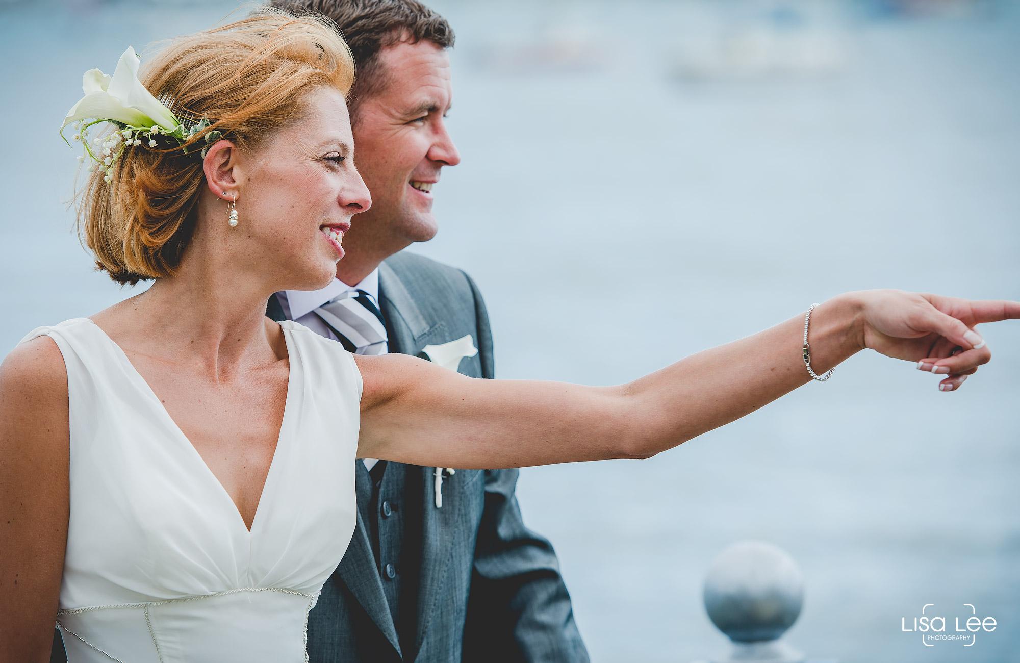lisa-lee-wedding-photography-christchurch-dorset-bridegroom2.jpg