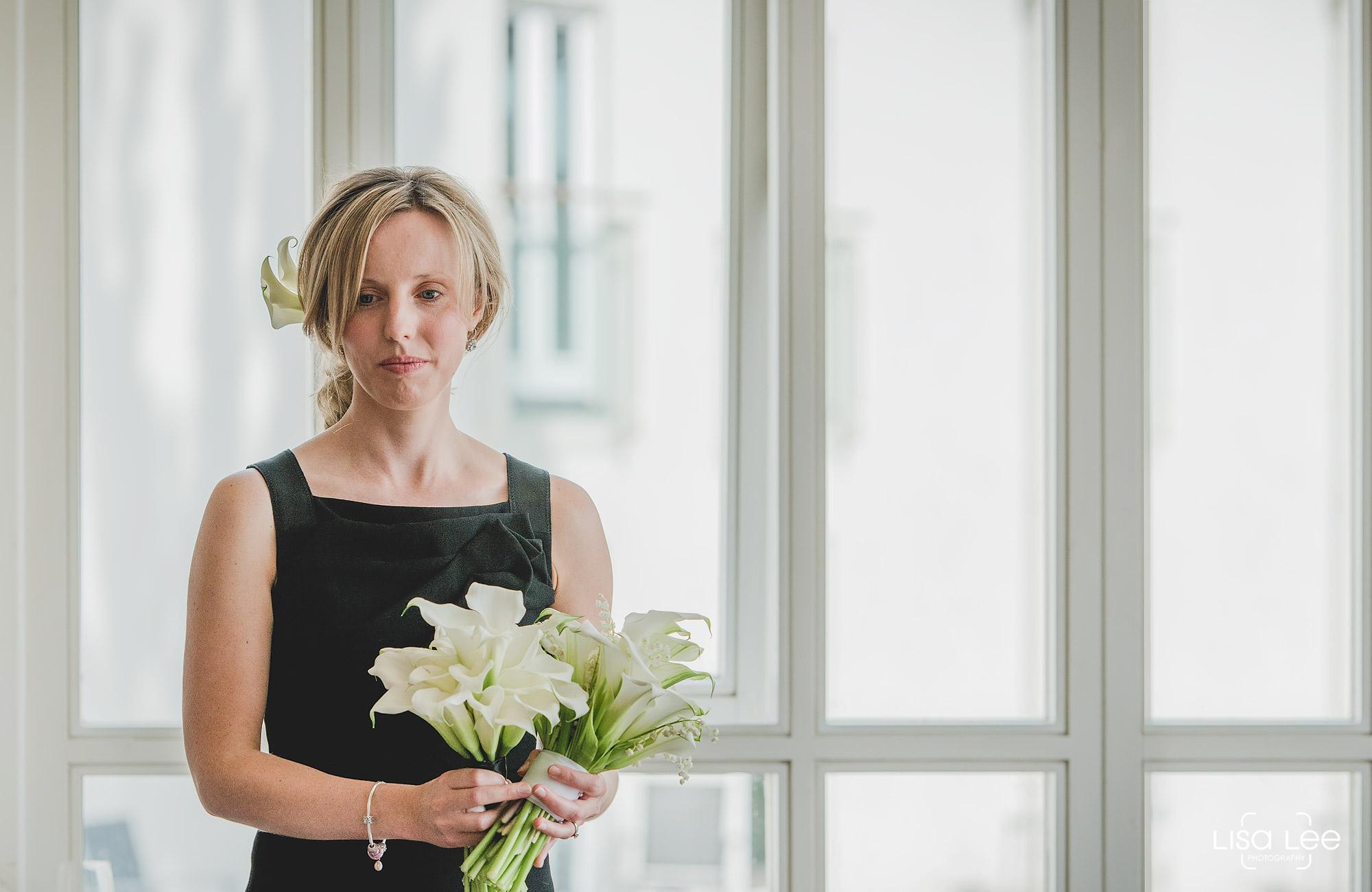 lisa-lee-wedding-photography-christchurch-dorset-bridesmaid.jpg