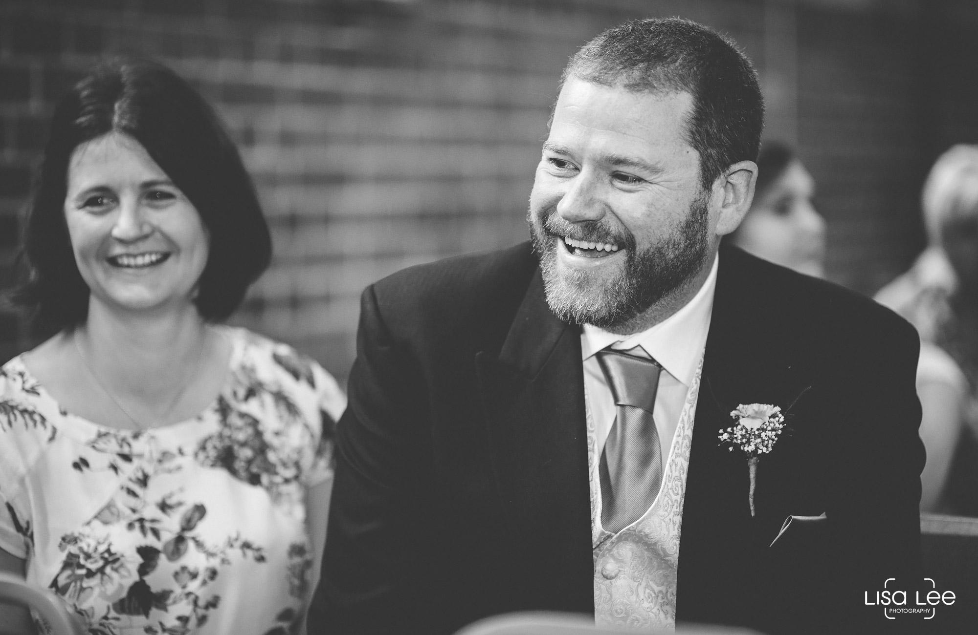 lisa-lee-wedding-photography-guests-4.jpg