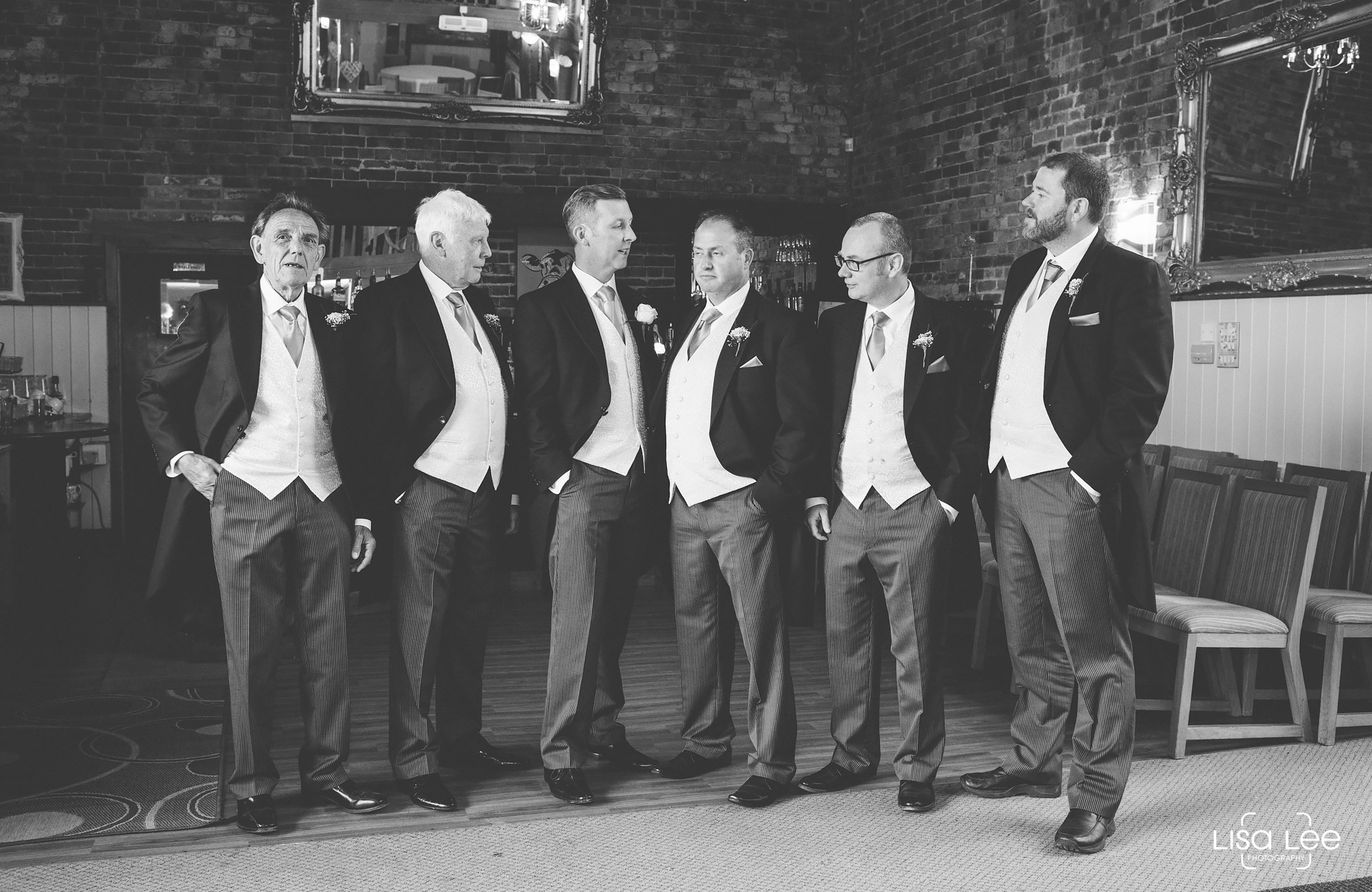 lisa-lee-wedding-photography-group.jpg