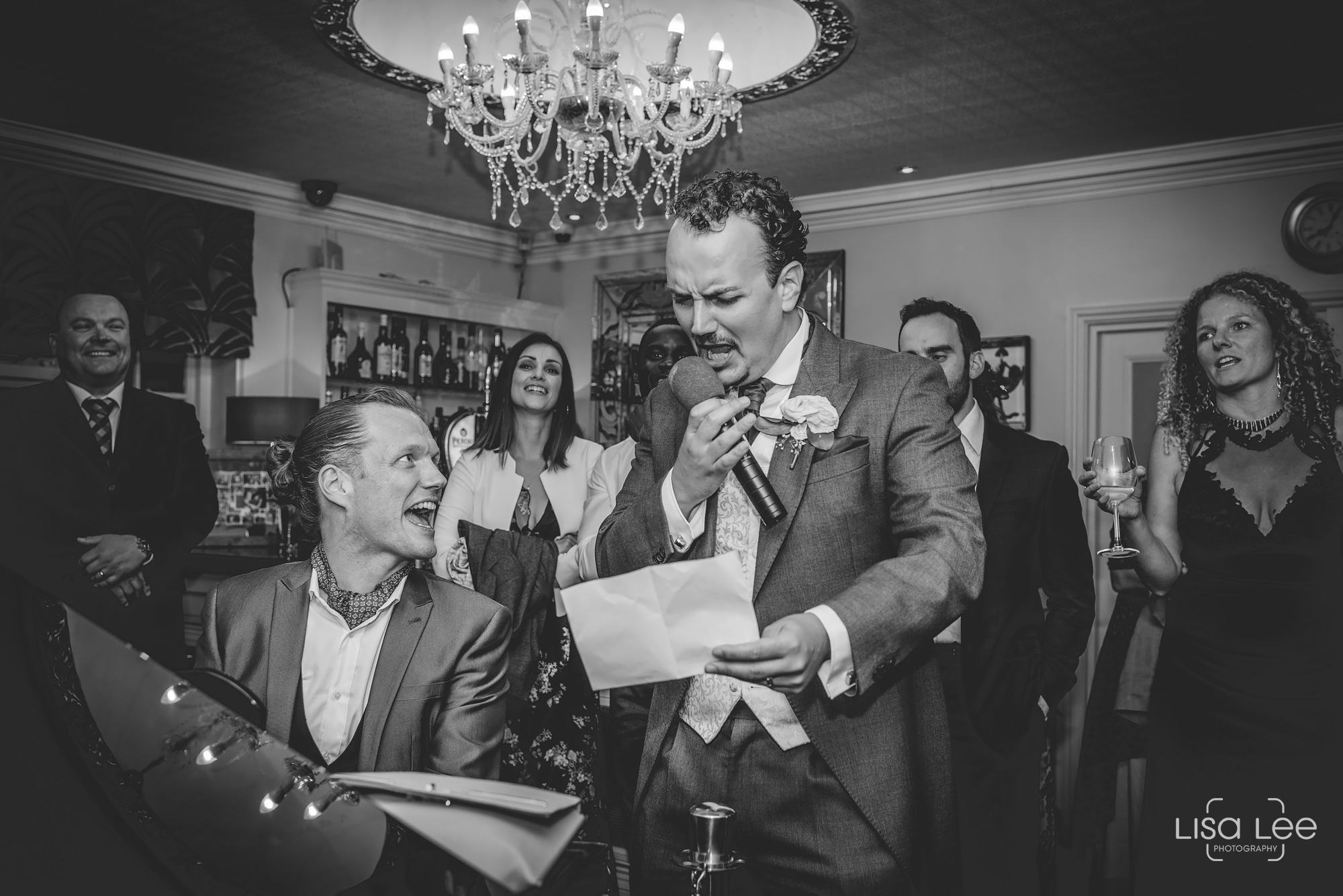 Lord-Bute-Hotel-Lisa-Lee-Documentary-Wedding-Photography-party-19.jpg