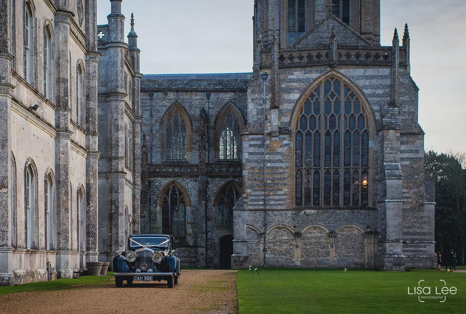 wedding-photographer-milton-abbey-car-leaving.jpg