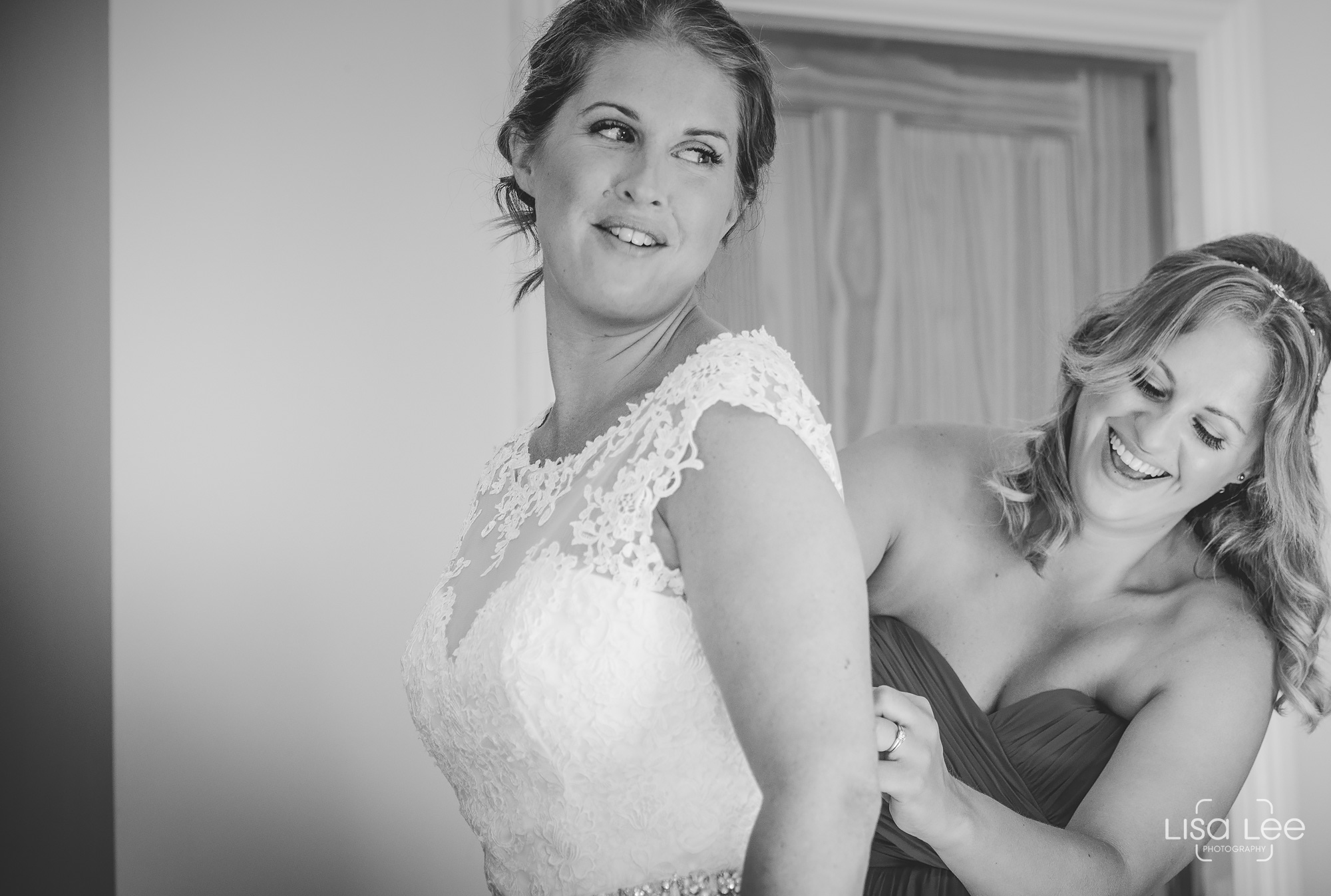 Lisa-Lee-Documentary-Wedding-Photography-Bournemouth-16.jpg