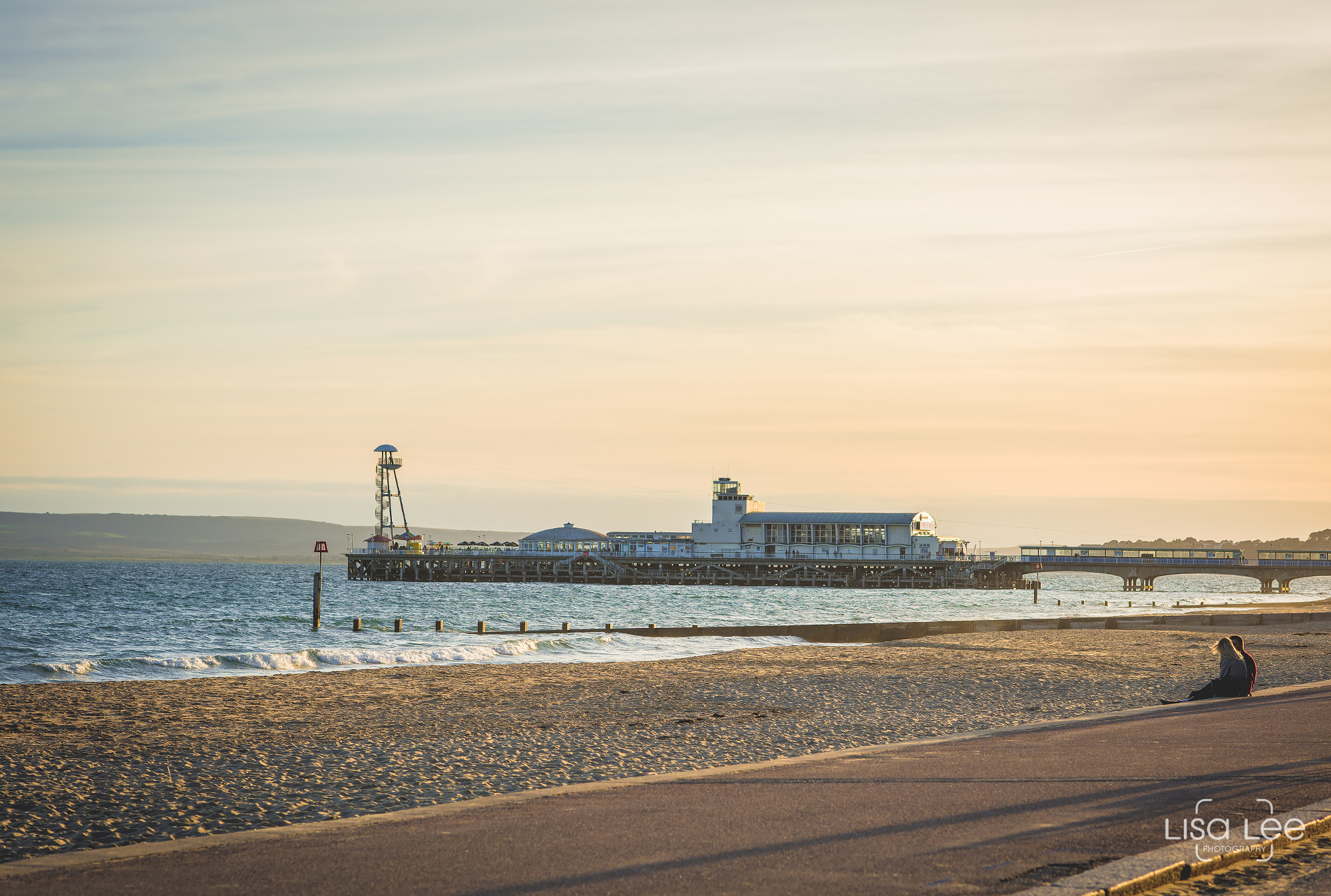 Bournemouth-Beach-Lisa-Lee-Documentary-Wedding-Photography-6.jpg