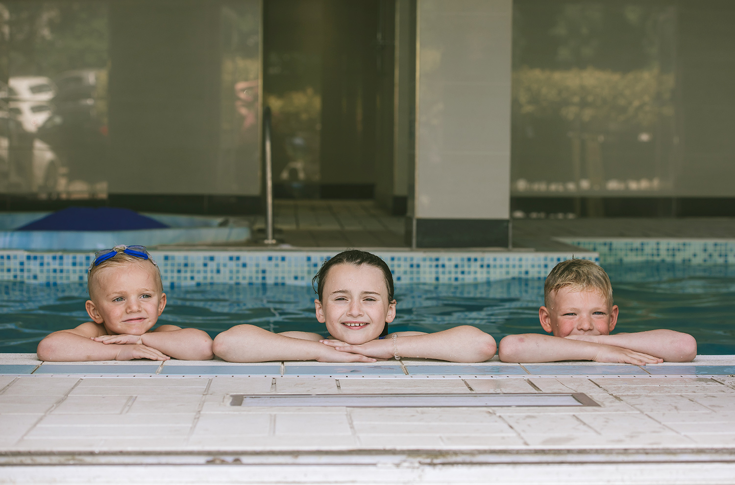 creative-commercial-lifestyle-photography-kids-fun-pool.jpg