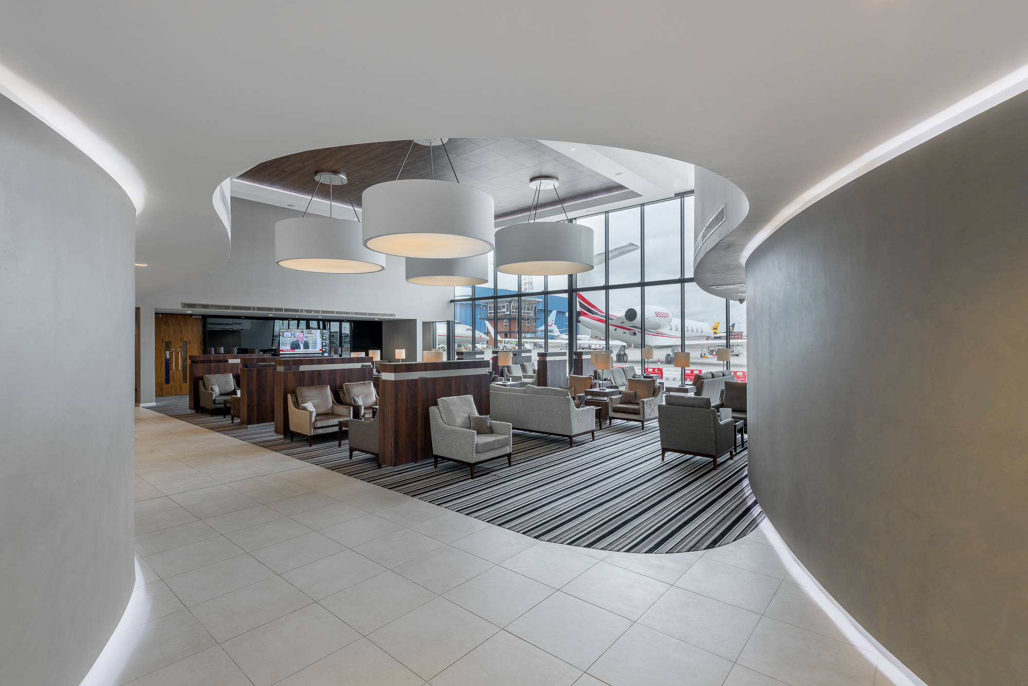 Commercial-interior-photography-luton-airport-9.jpg