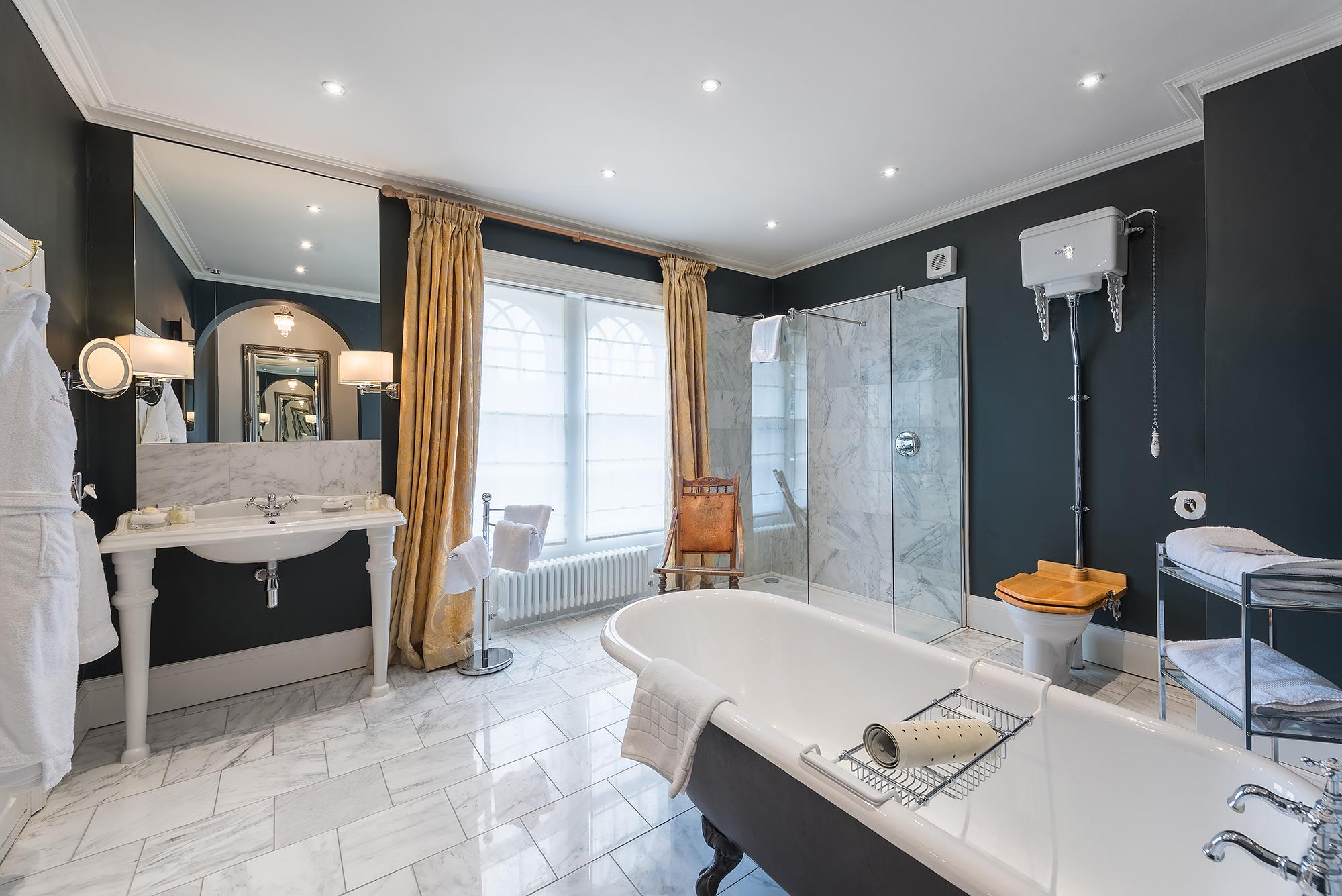 hotel-bathroom-photography.jpg
