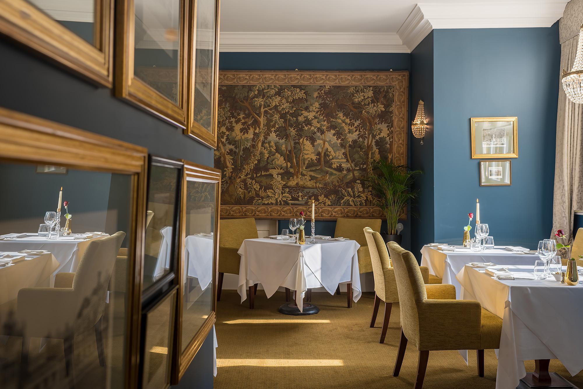 hotel-restaurant-photography.jpg