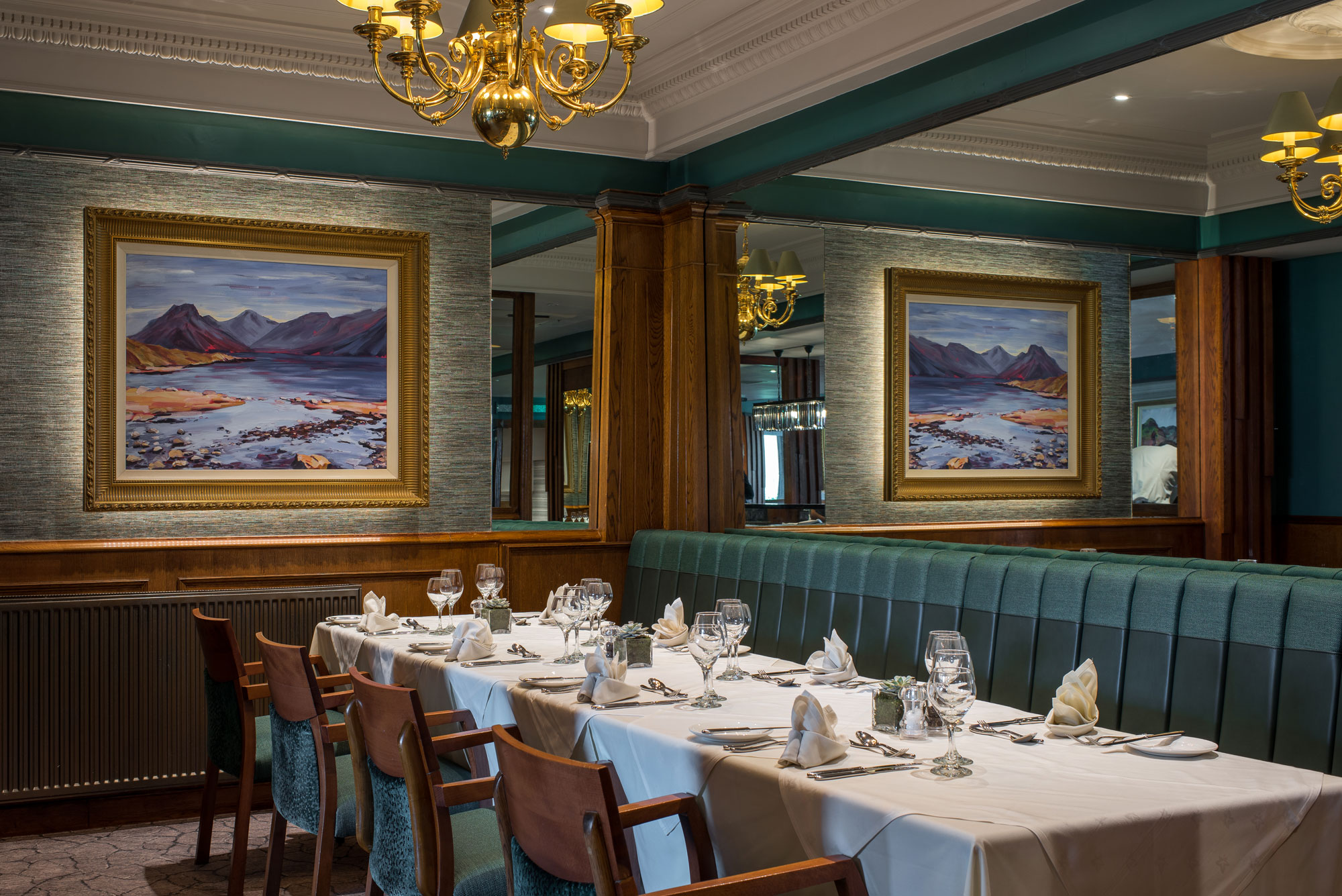 hotel-restaurant-interior-photography-lodore-falls.jpg