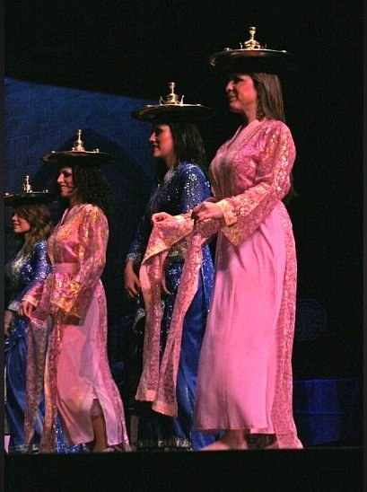 Advanced Students performing a Morrocan dance 2007.jpg