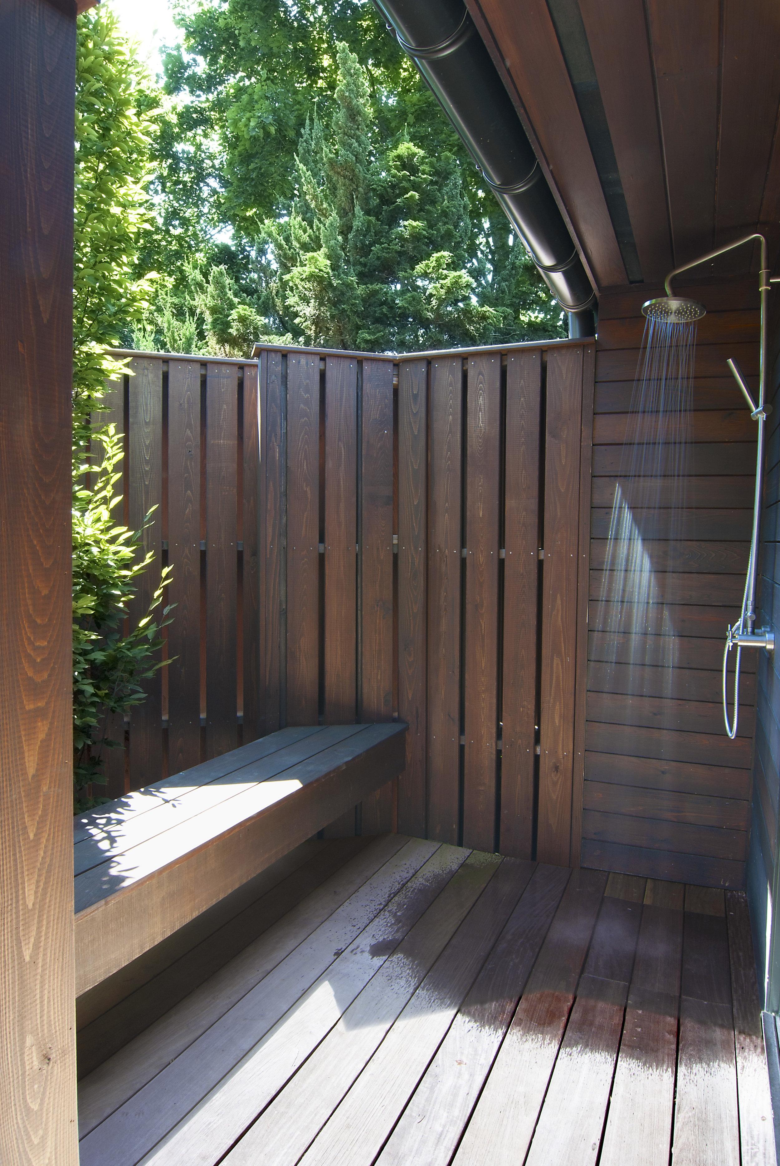 15_Shower.jpg