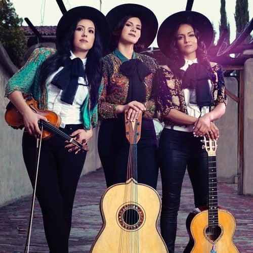 Trio Ellas 2.jpg