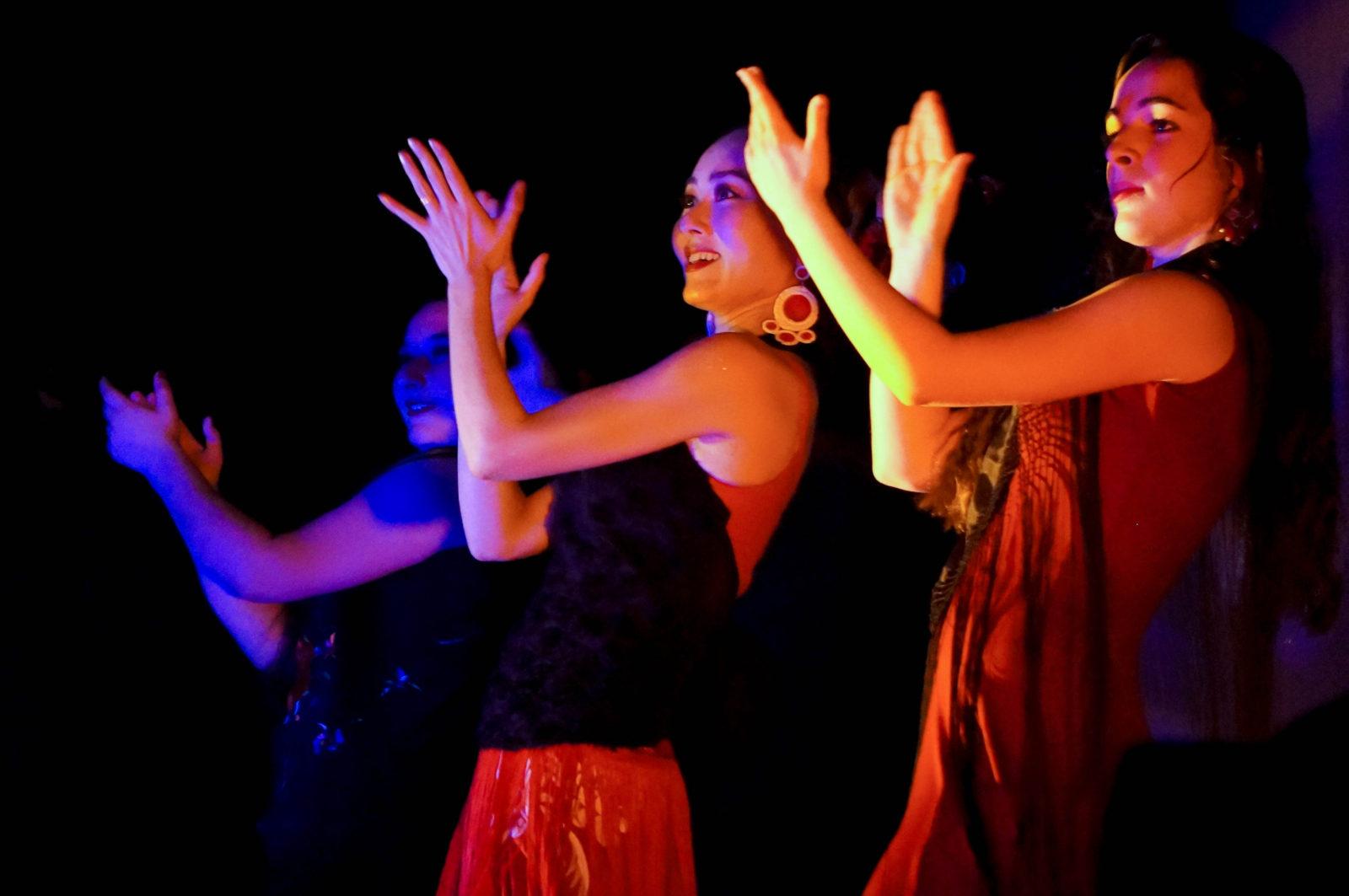 Claudia de la Cruz Flamenco.jpg