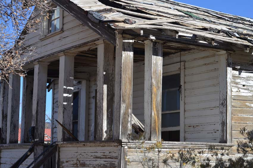 Abandoned house in Golden