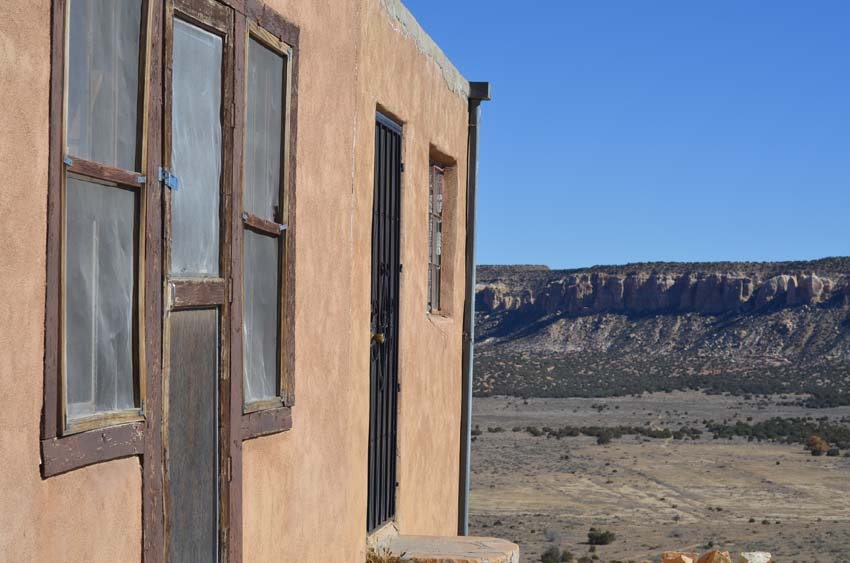 Acoma, a house with a wie