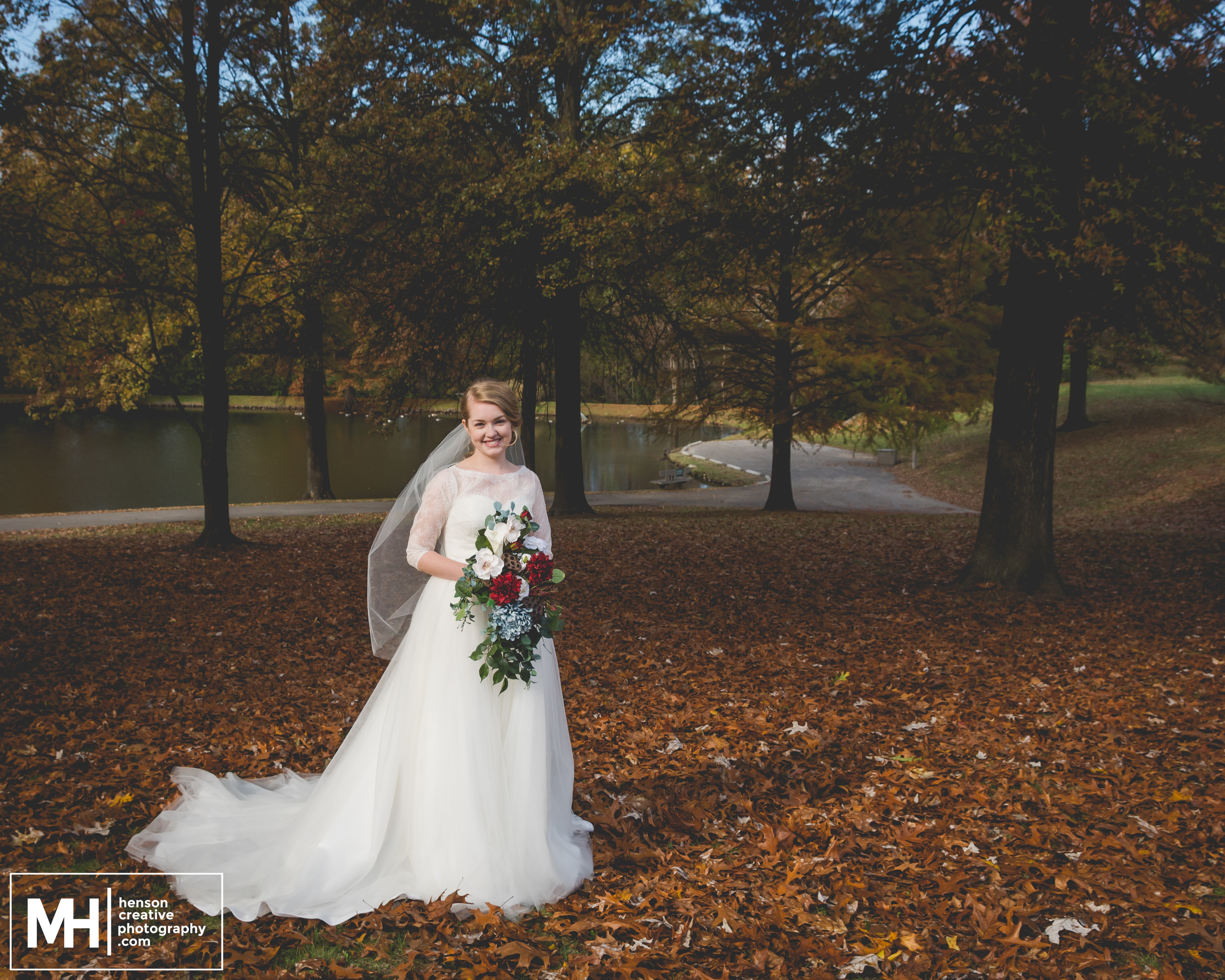 MooreWeddingWeb - Henson Creative - St. Louis Wedding Photographer-1.jpg