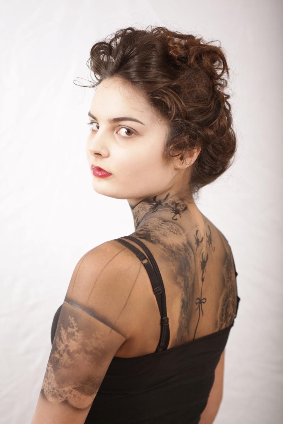 Model: Harriet Baldwin