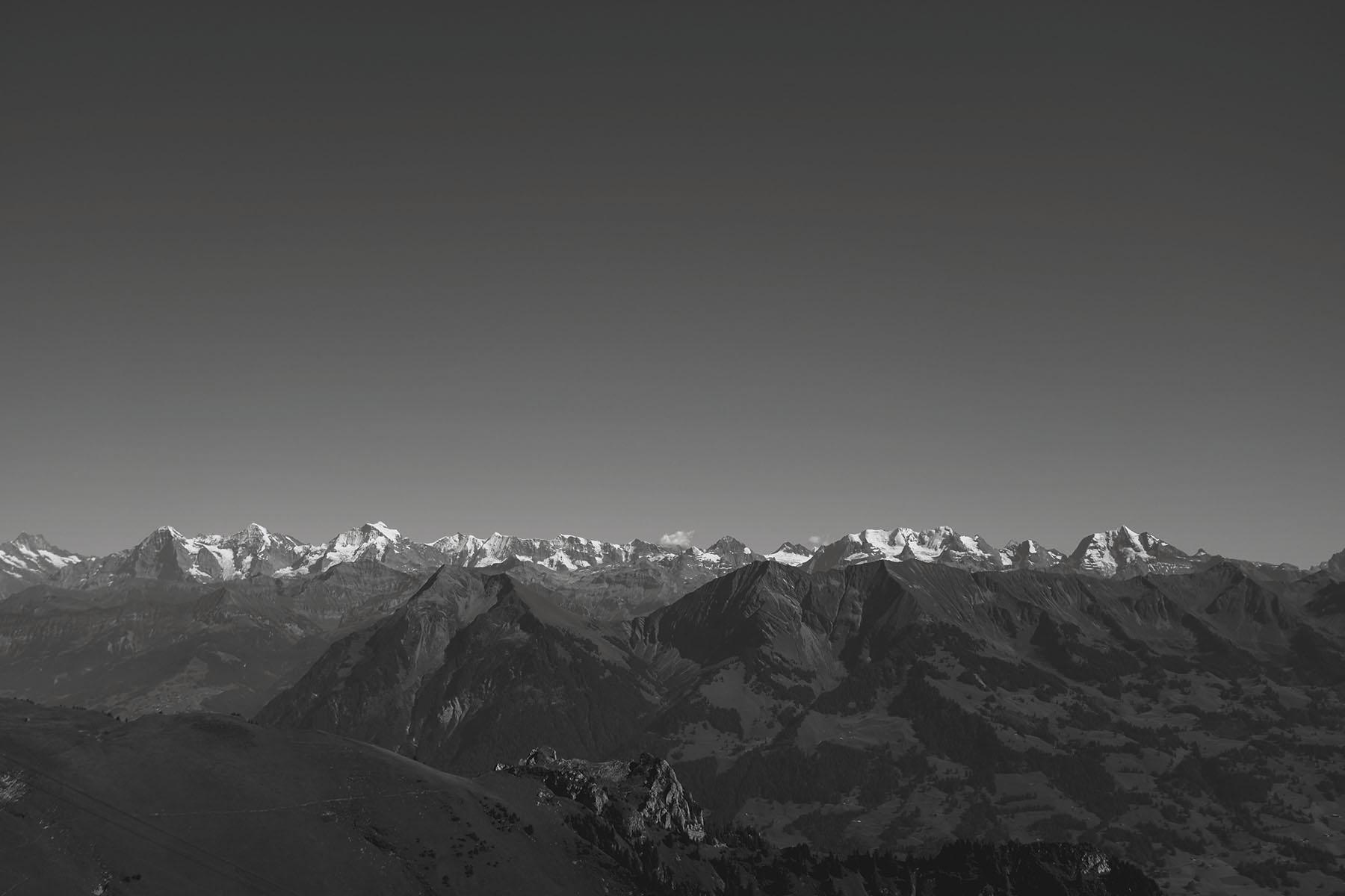 horizon-300.jpg