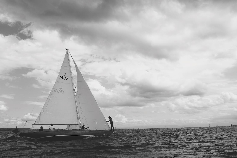 sailboat-300.JPG