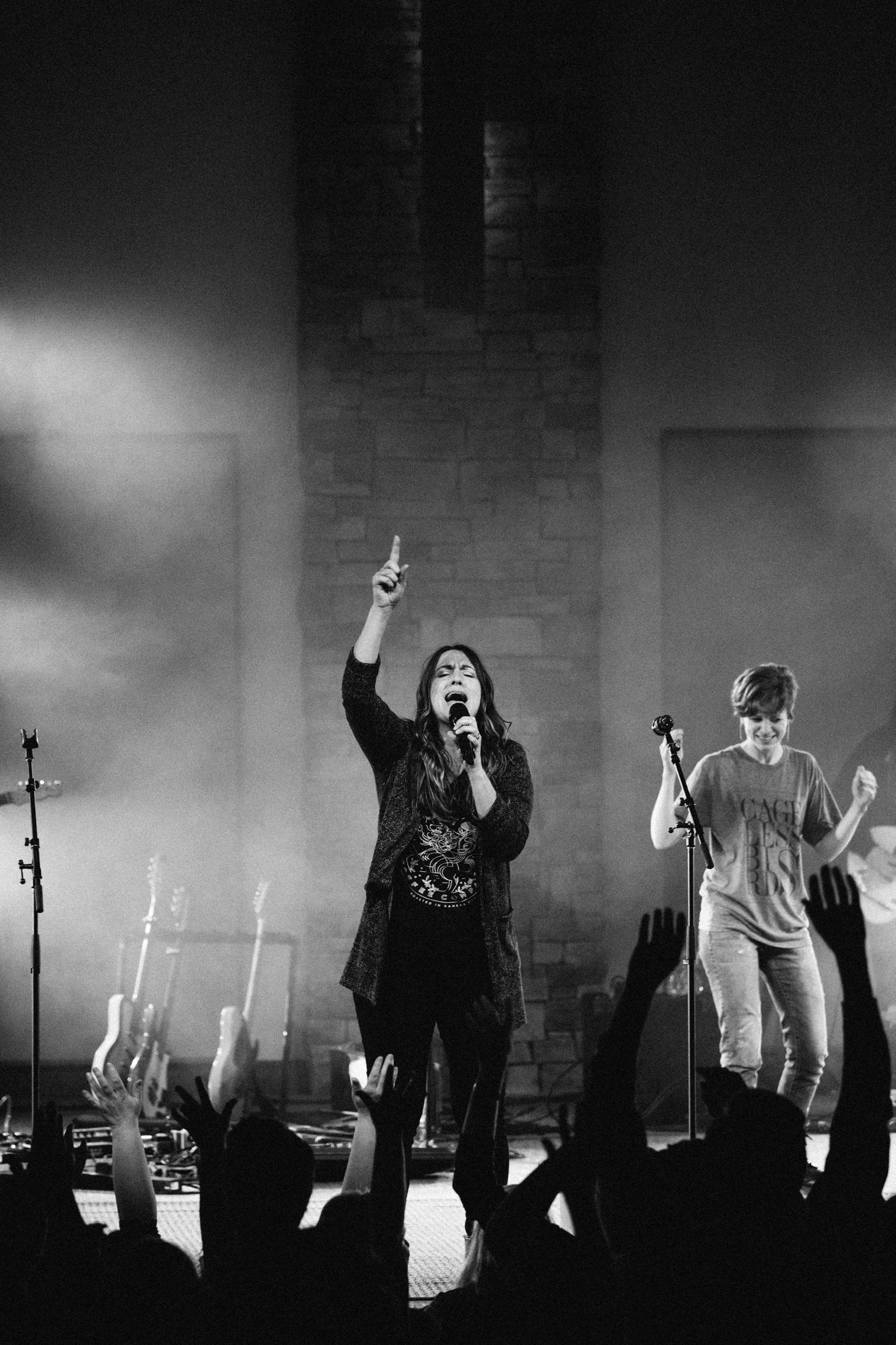 20190316_lambs_hill_worship_night-59.jpg