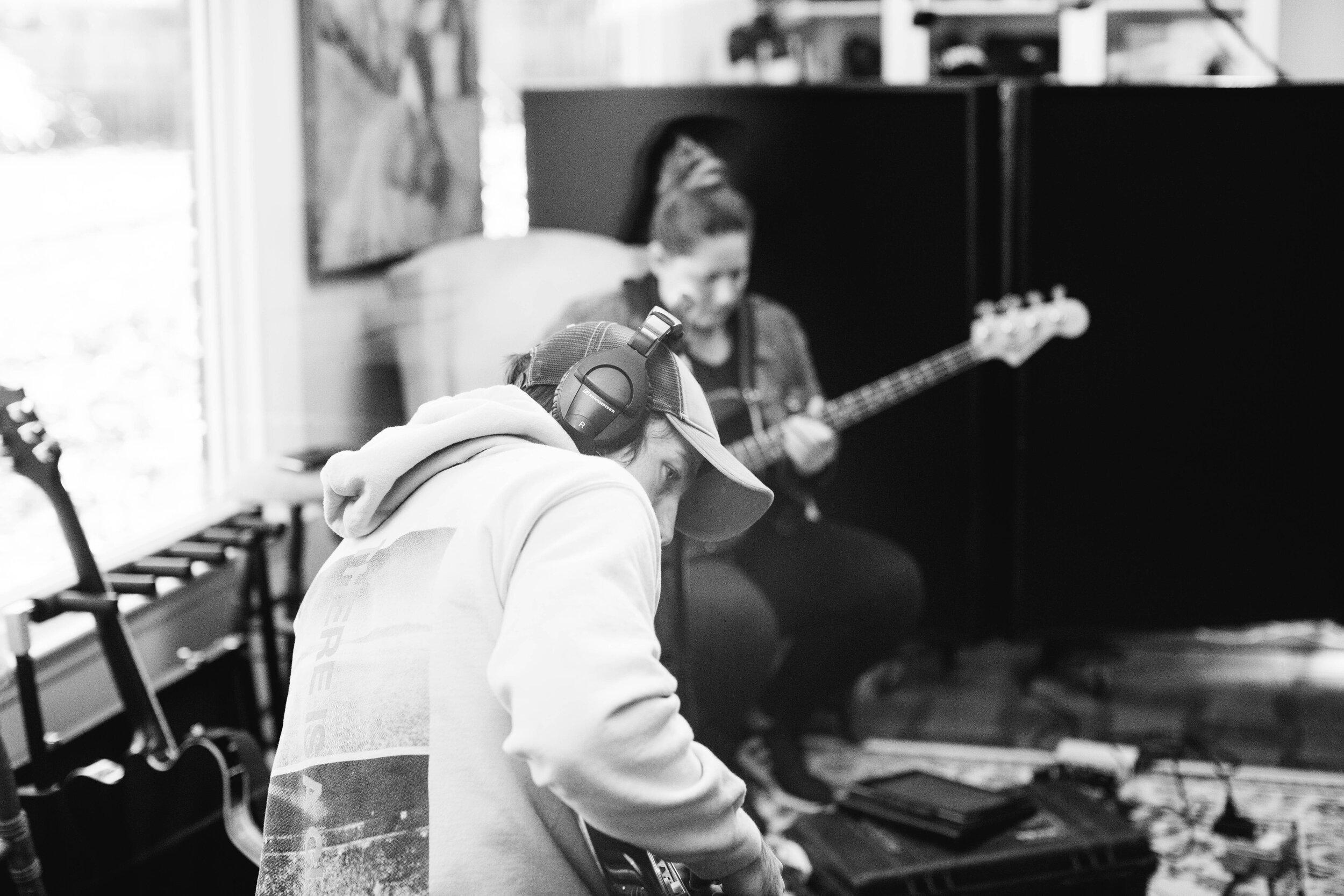 20190122_We_Rise_We_Bow_Studio-8.jpg