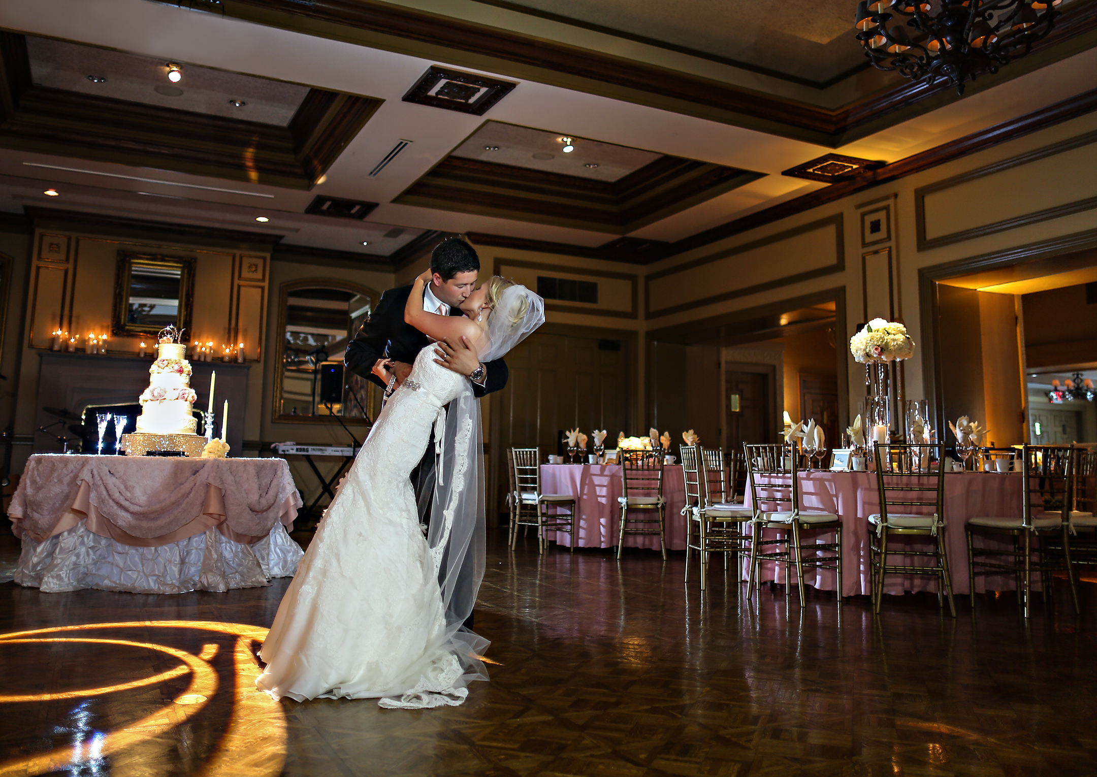 Wedding at Kenwood Country Club by Courtenay Lambert Florals (http://courtenaylambert.com).  Cincinnati Wedding flowers, destination wedding, florist, best florist, best flowers, Cincinnati event design, Pink and white wedding