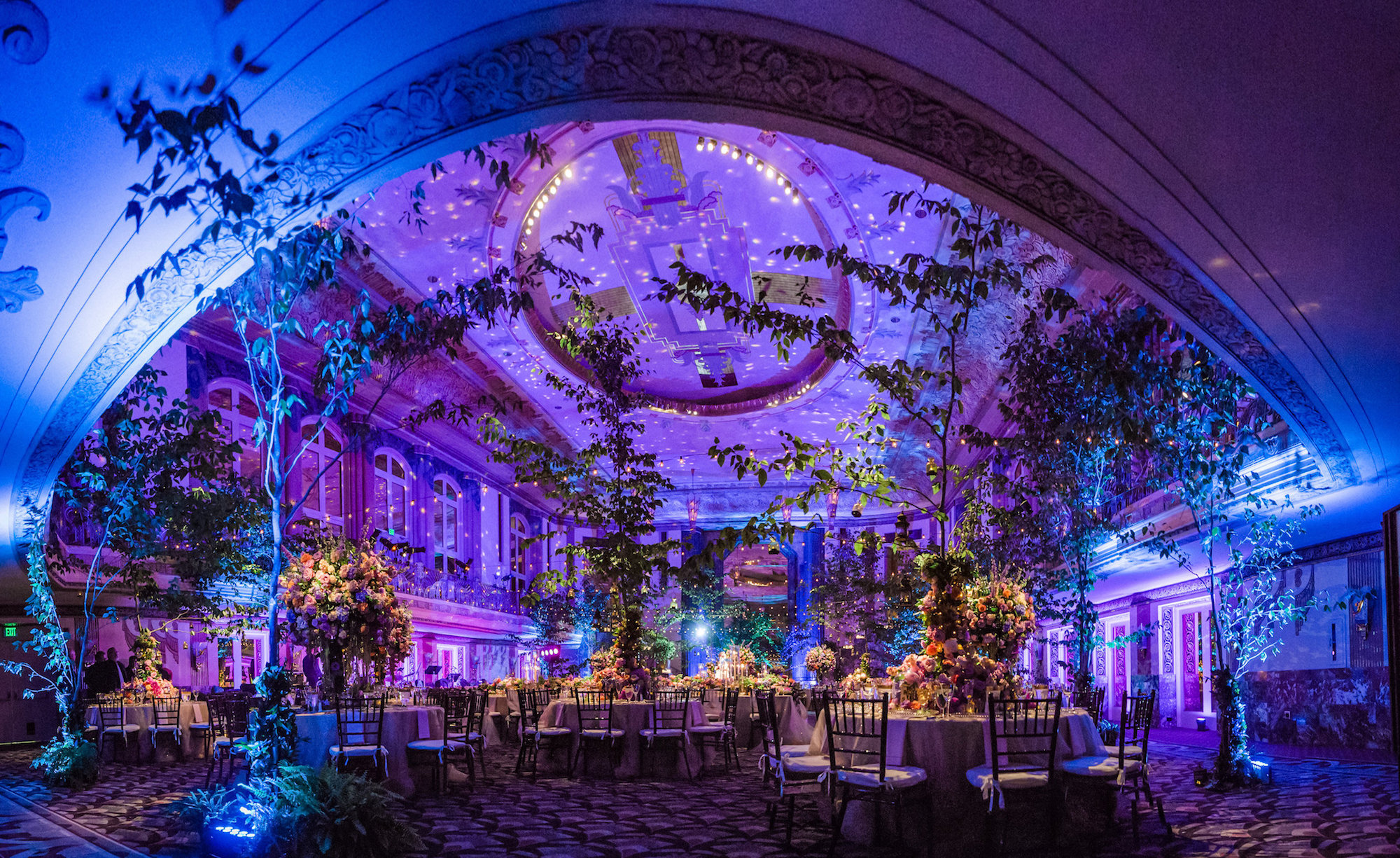 Captured by:  Style & Story Creative  // Venue:  Hilton Netherland Plaza - Hall of Mirrors
