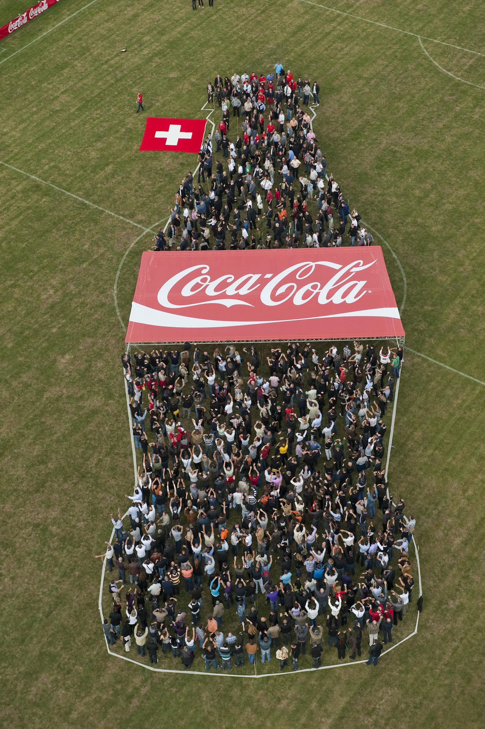 2009.073 Cola Flasche (17).JPG